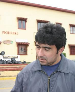 Jorge Vargas González, former Mayor of Pichilemu and proprietary of Radio Somos Pichilemu attended the event.