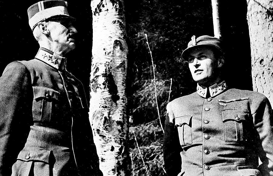 Per Bratland: King Haakon VII and Crown Prince Olav looking for shelter in the area of Molde during a German bombing in town in April 1940