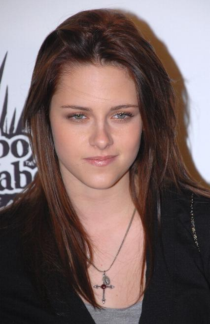 Here is Kristen Stewart sleeping with her eyes open.
