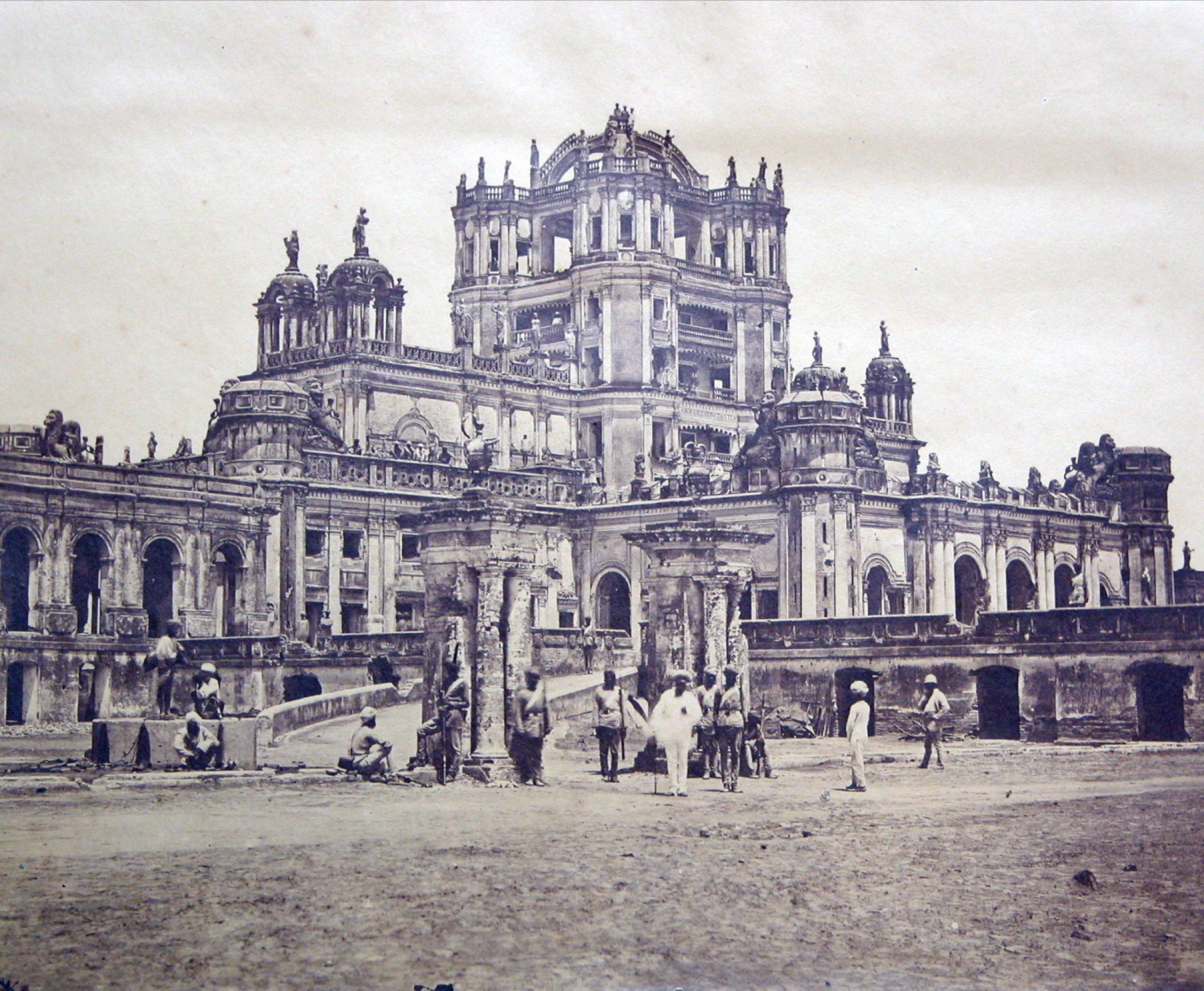 Image by Felice Beato in 1858 of La Martiniere Lucknow  |  Street by Street, building by building, Indian soldiers fought for Lucknow. |  Click for image.