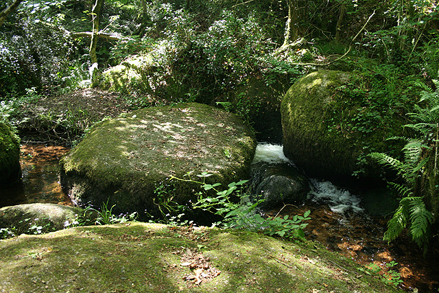 Lustleigh, stream with granite boulders - geograph.org.uk - 861503