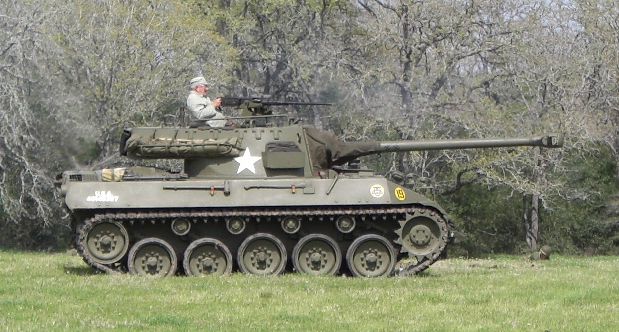 Are Us Tanks Sprayed With Radioactive Paint