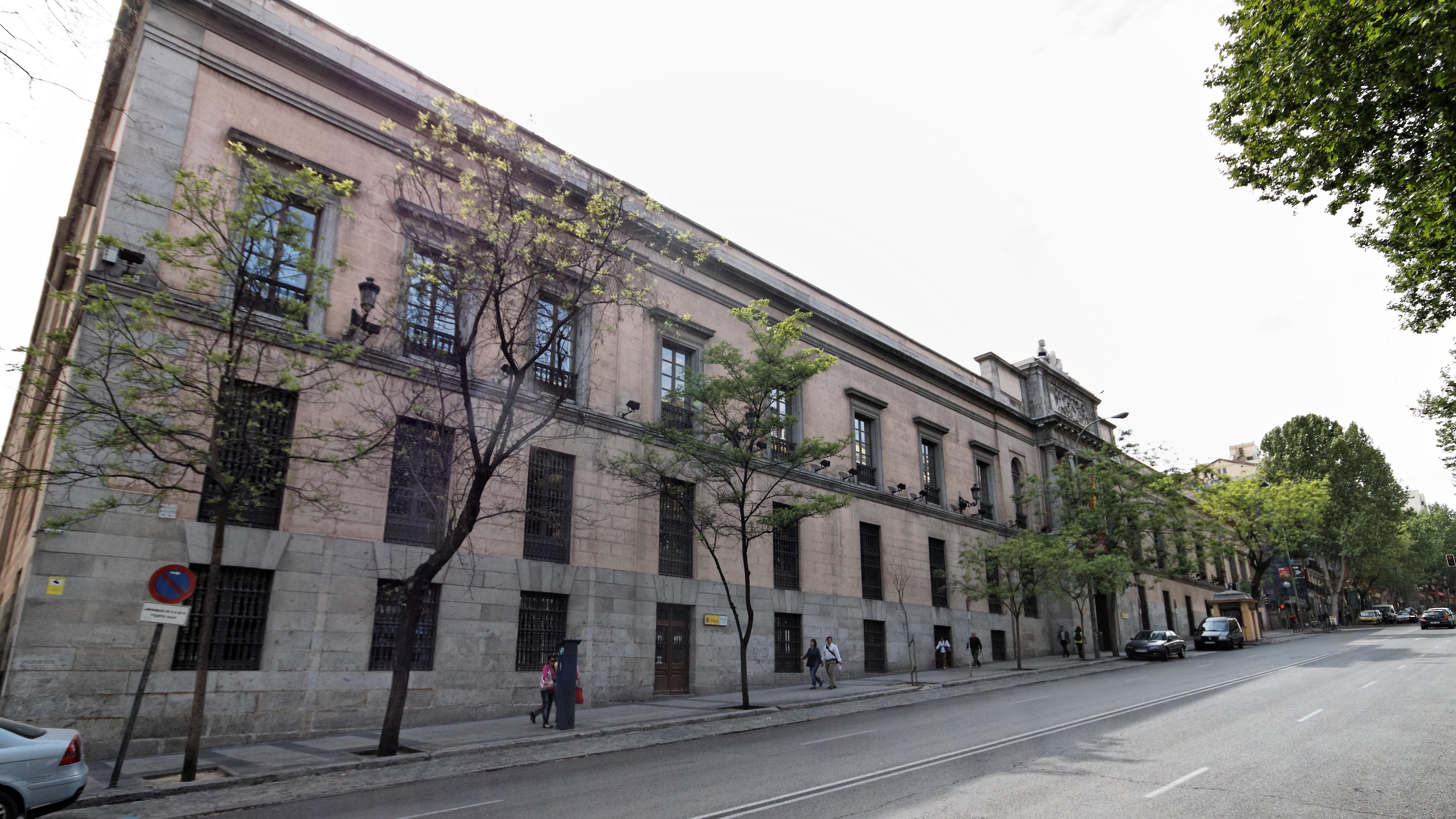 Archivo madrid real colegio de cirug a 20110418 - Colegio escolapias madrid ...