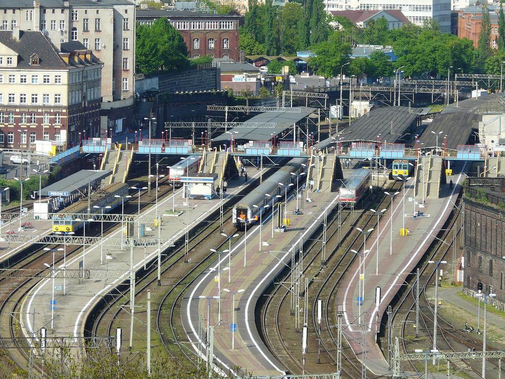 [Obrazek: Main_Train_Station_in_Szczecin.jpg]