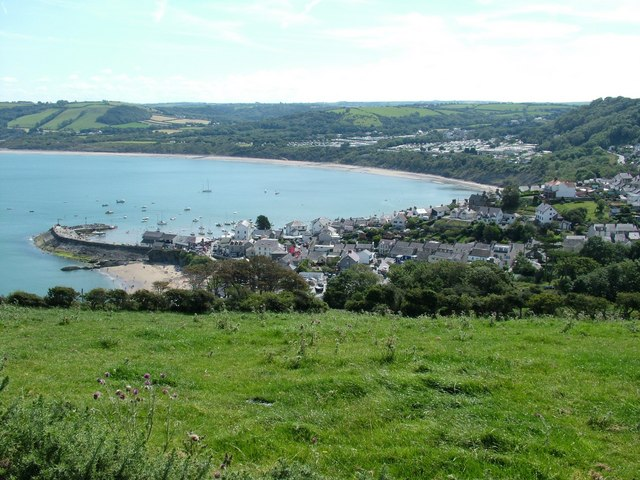 File:New Quay Harbour - geograph.org.uk - 558613.jpg