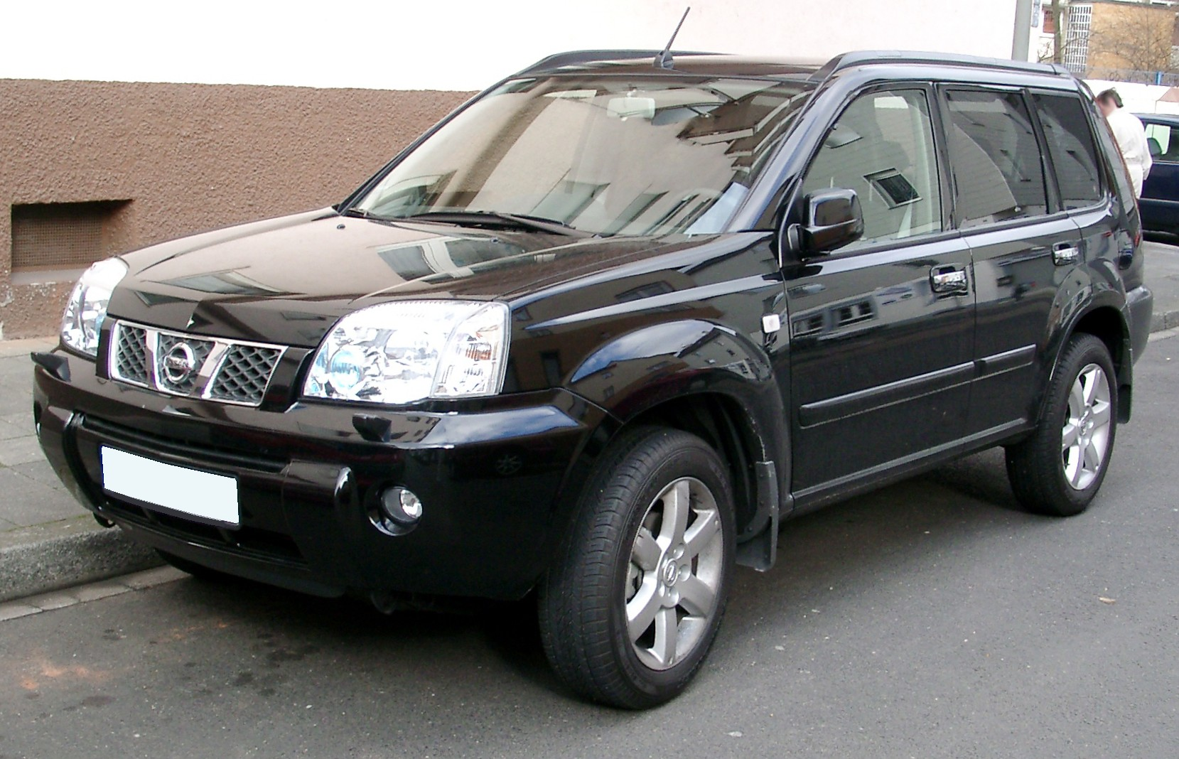 2006 Nissan X-Trail [image credit: wikipedia]