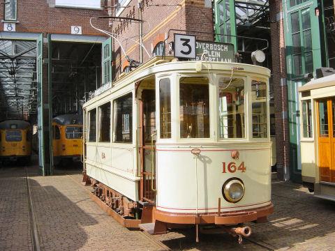 Ov Museum Den Haag on 4 Door Car For A