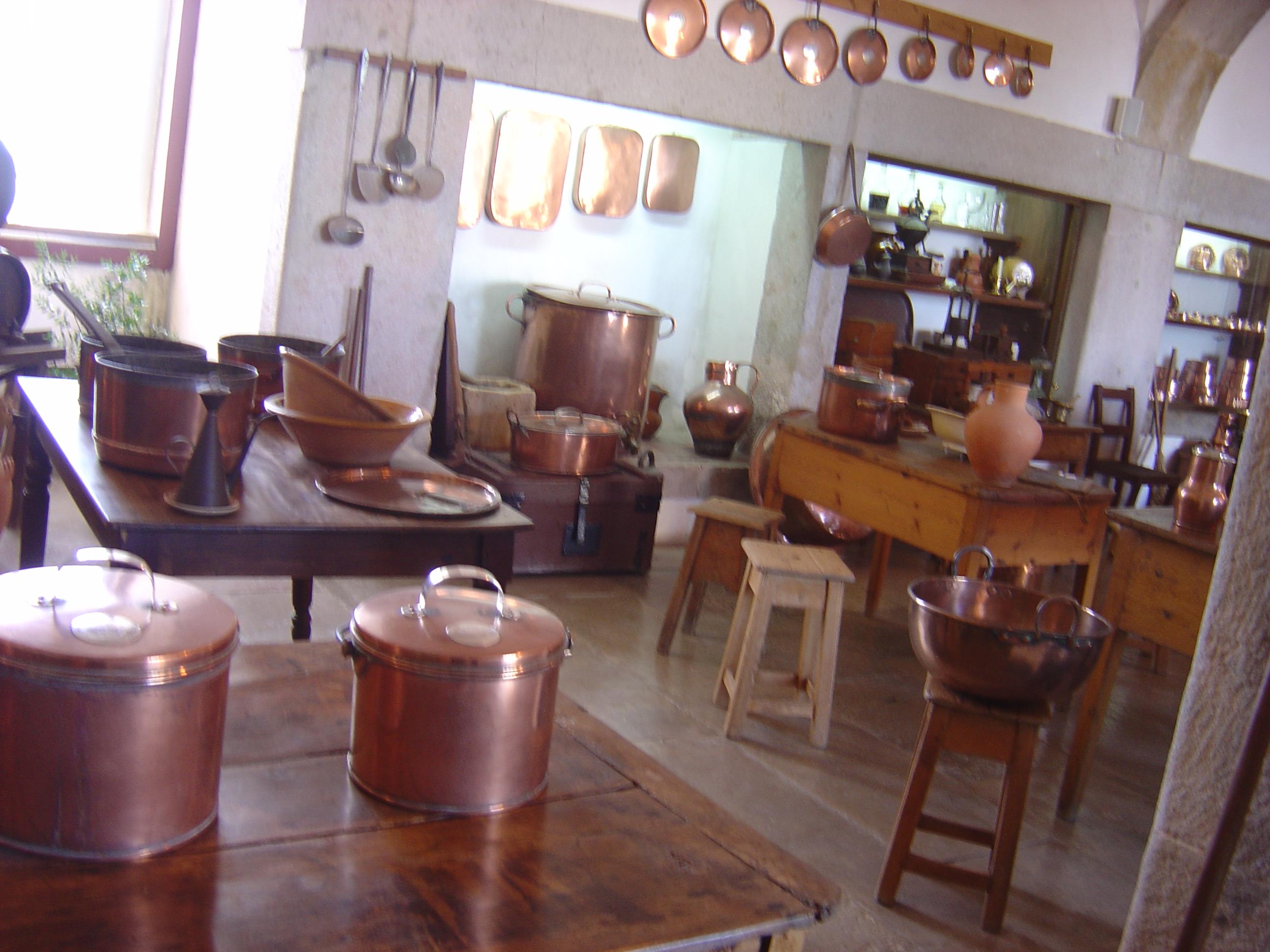 File:Pena Palace kitchen.JPG - Wikimedia Commons