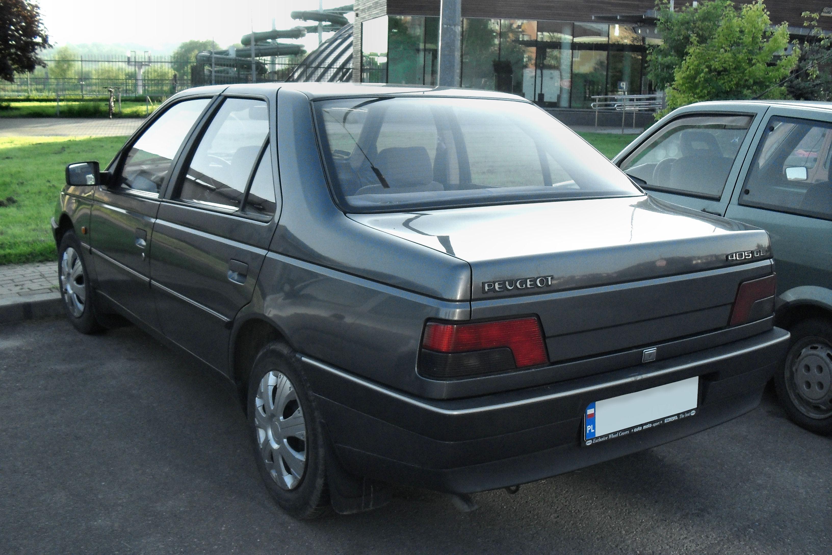 File:Peugeot 405 rear jaslo.JPG - Wikimedia Commons