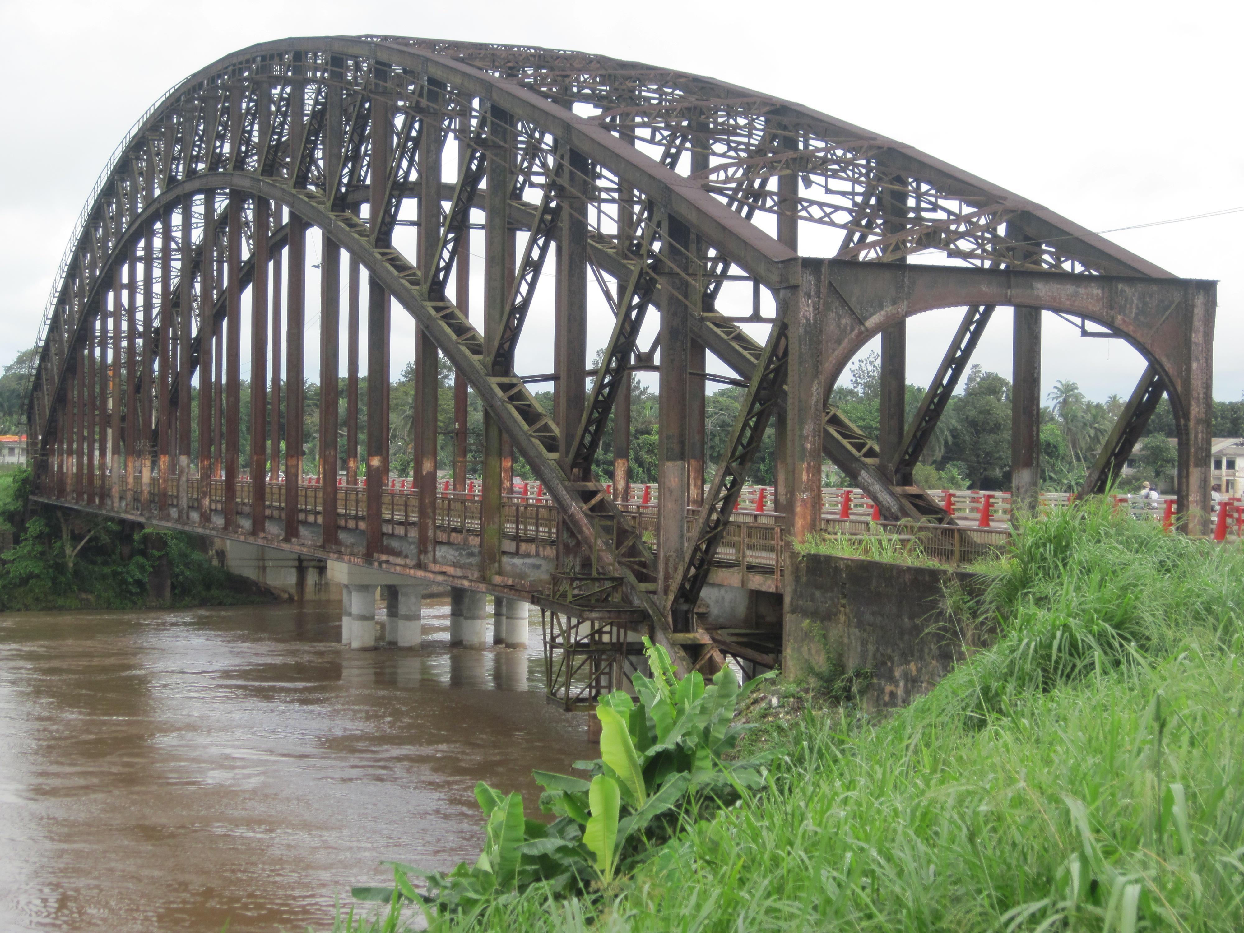 Pont allemand d'Édéa
