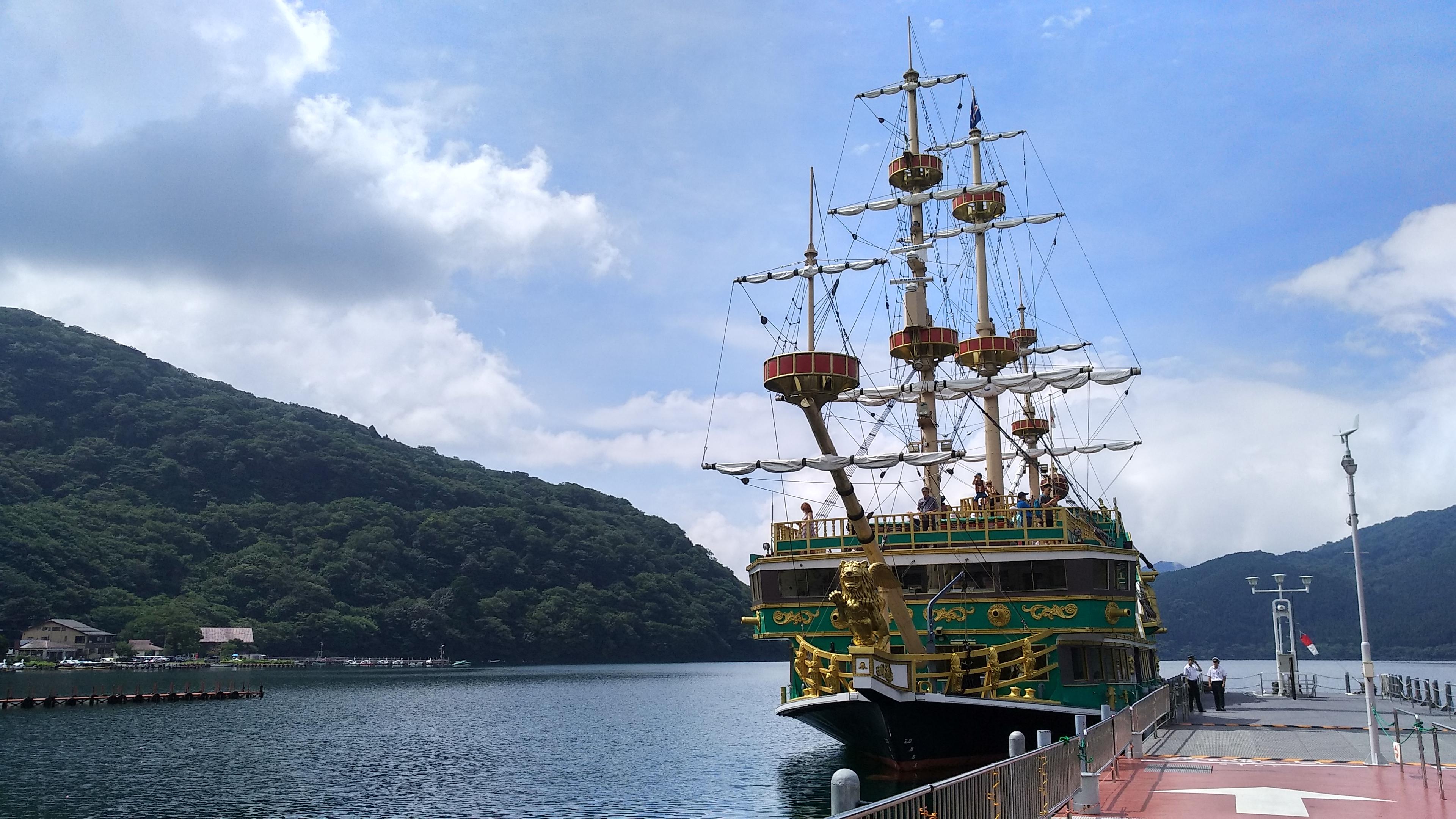 File:Pirate Ship on Lake Ashinoko July 2018 jpg - Wikimedia Commons