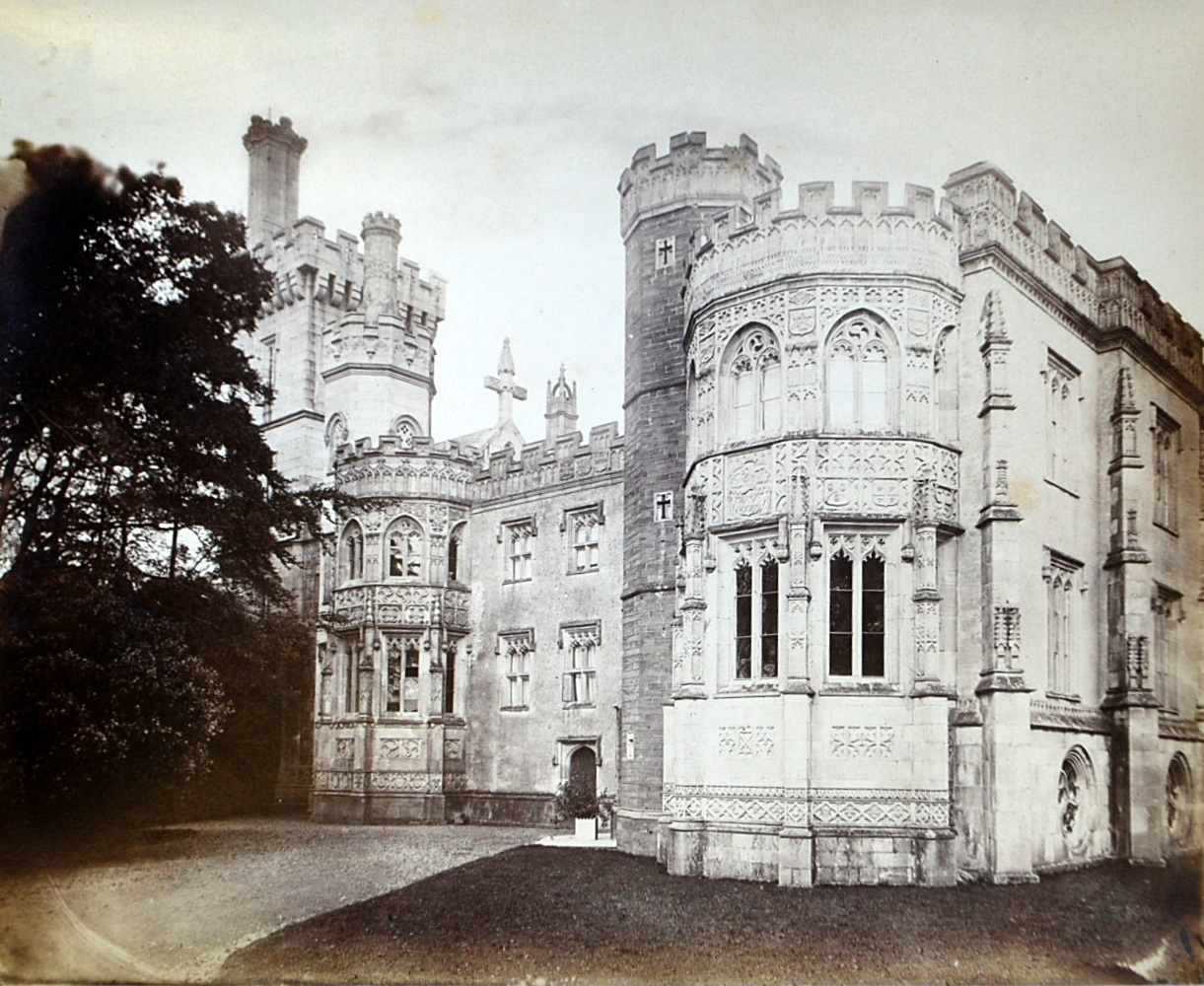 Place Castle, Fowey - south front c 1870.JPG
