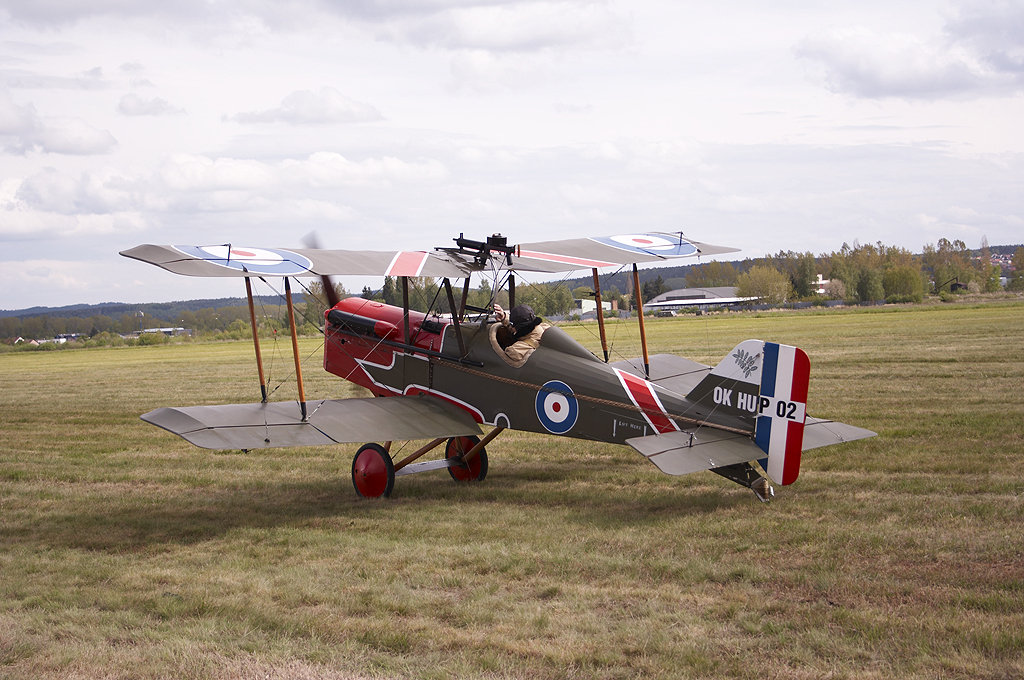 Royal_Aircraft_Factory_S.E.5a_replica.jpg
