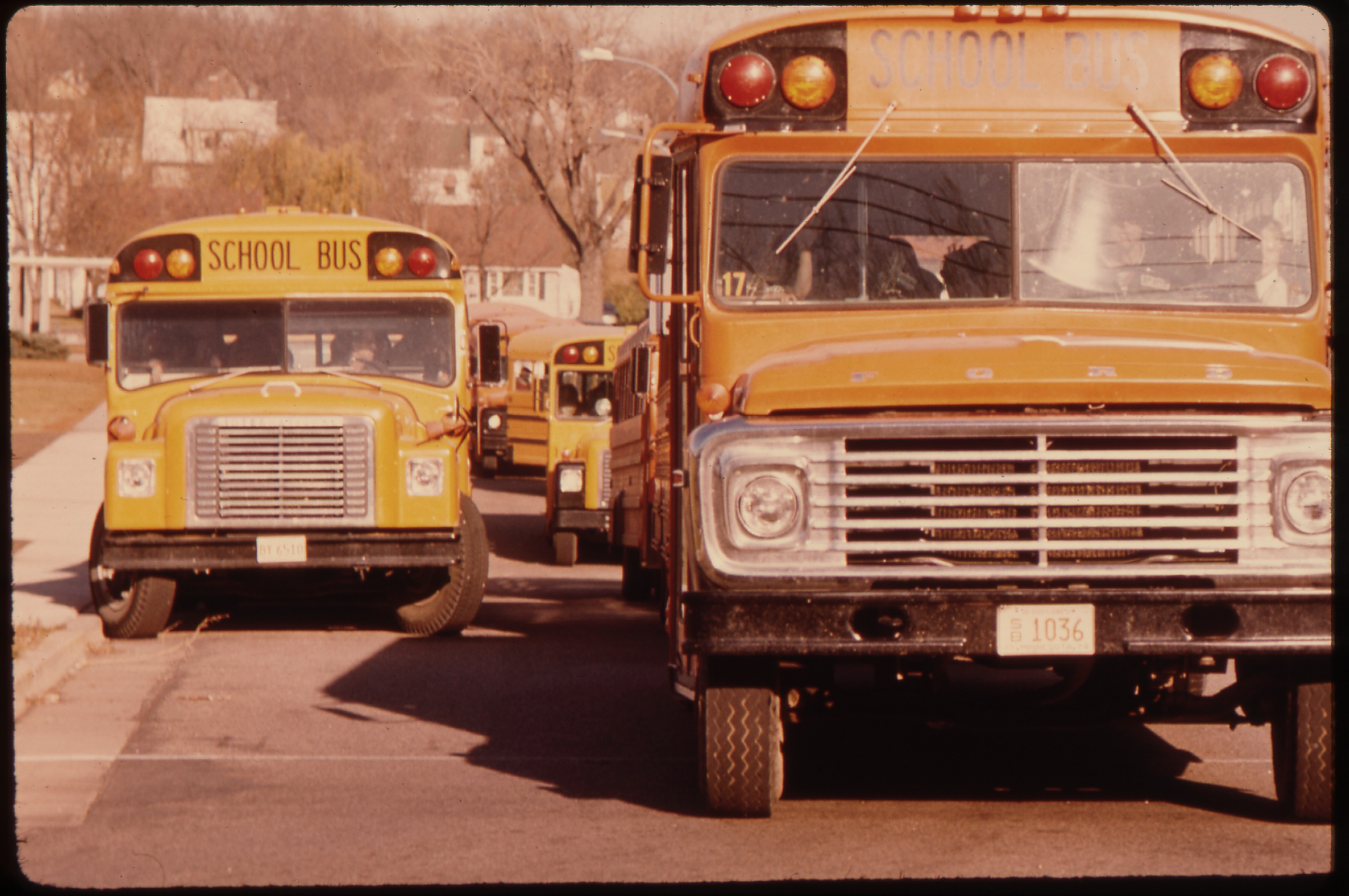 File Students Arriving By Schoolbus At Senior High School