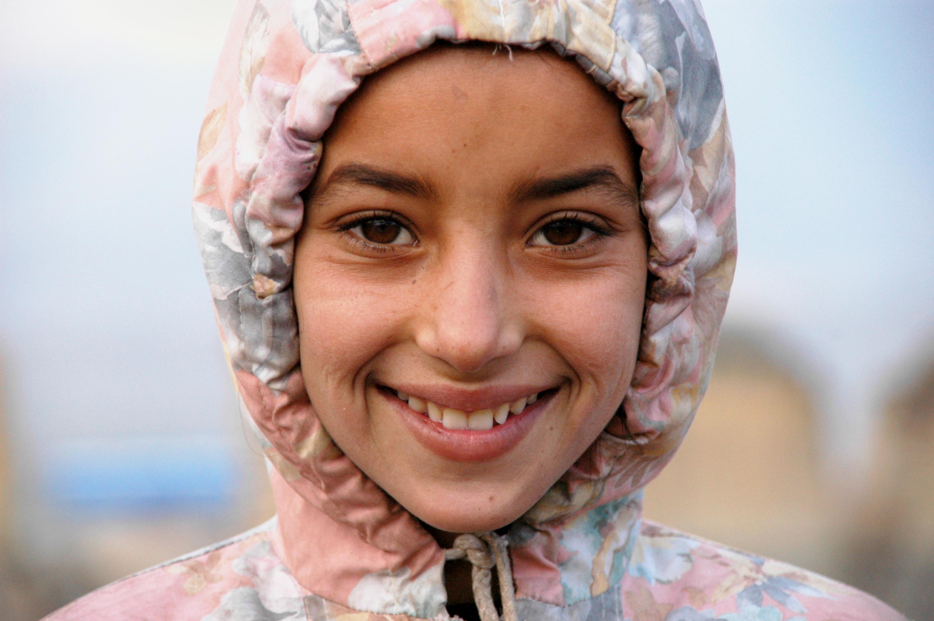 File Smiling Kabuli Gi...