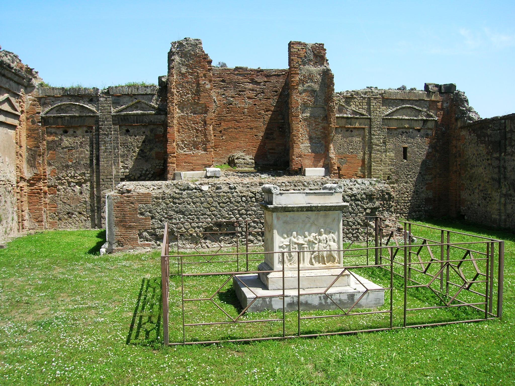 File Tempio Di Vespasiano 1 Jpg Wikimedia Commons