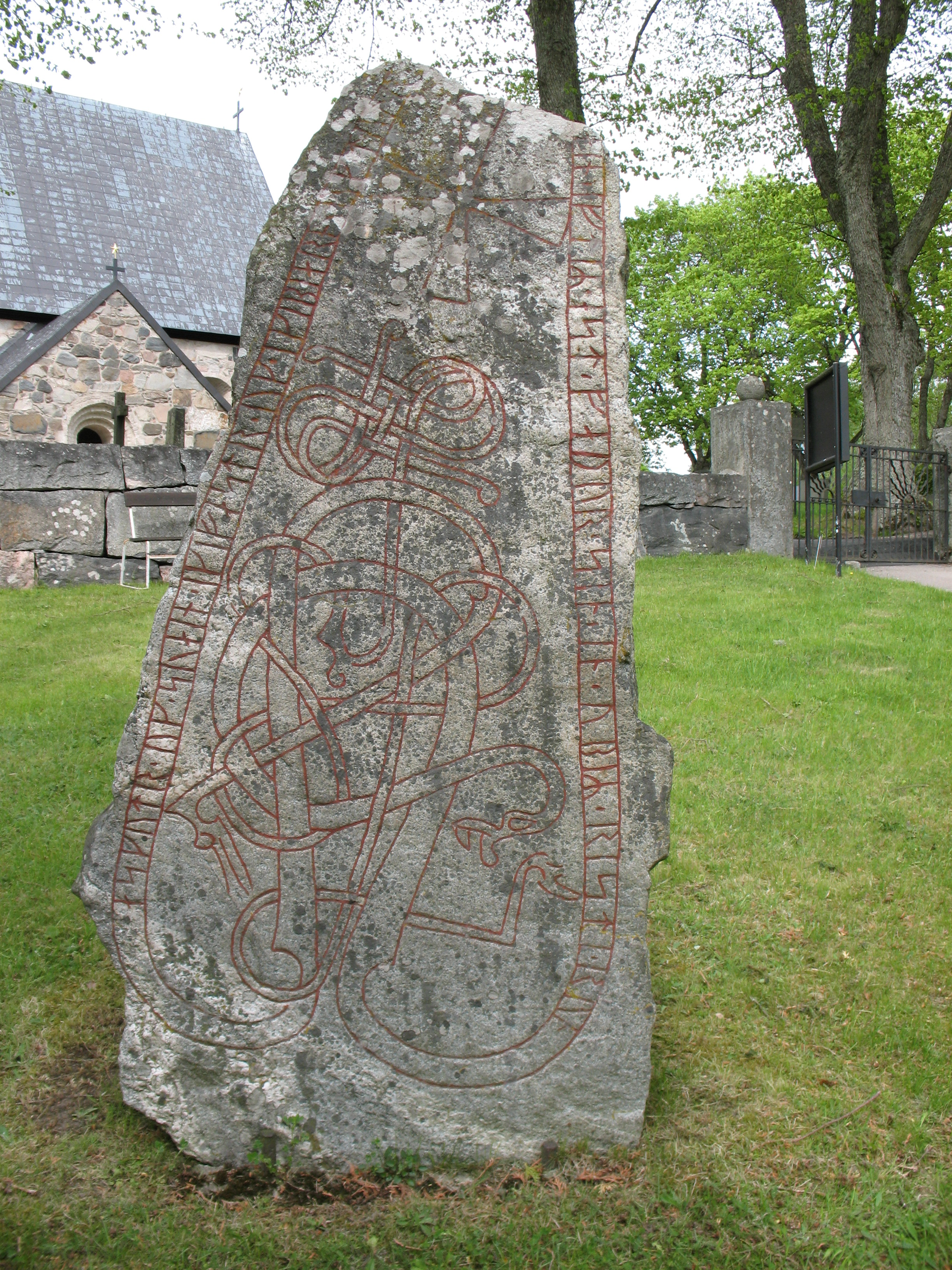 Runic Dictionary:: inscription:: U 190