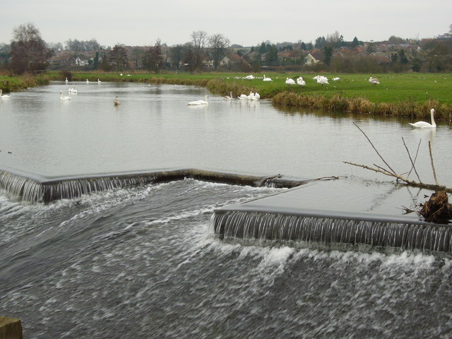 Weir on the River Stour, Sudbury Water Meadows - geograph.org.uk - 356448