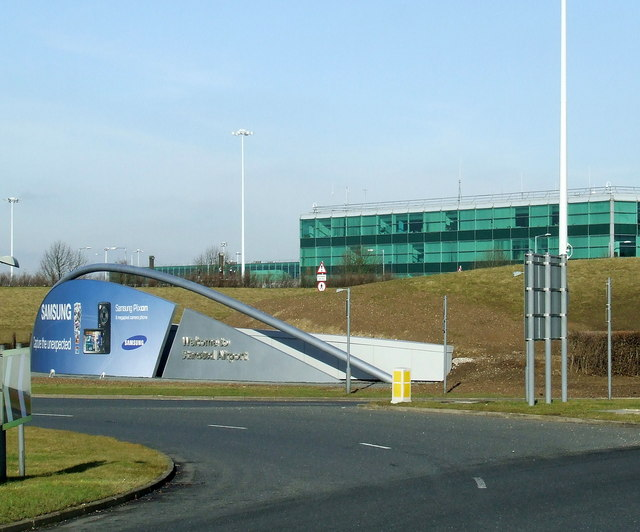 Welcome To Stansted Airport - geograph.org.uk - 1138274