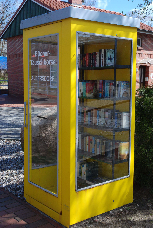 Datei:Öffentlicher Bücherschrank Albersdorf.jpg – Wikipedia