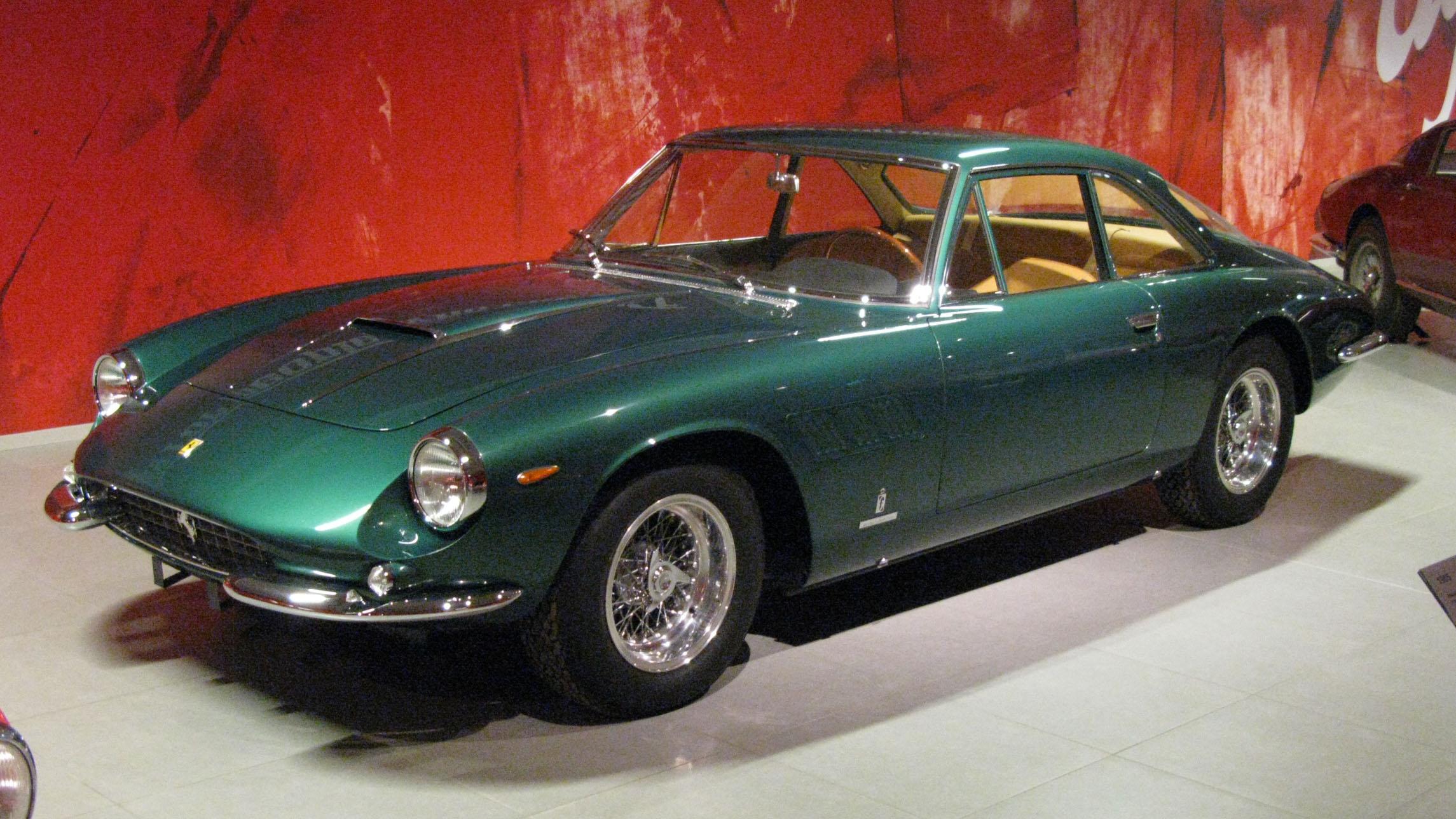 File:1964 Ferrari 500 Superfast.jpg - Wikipedia