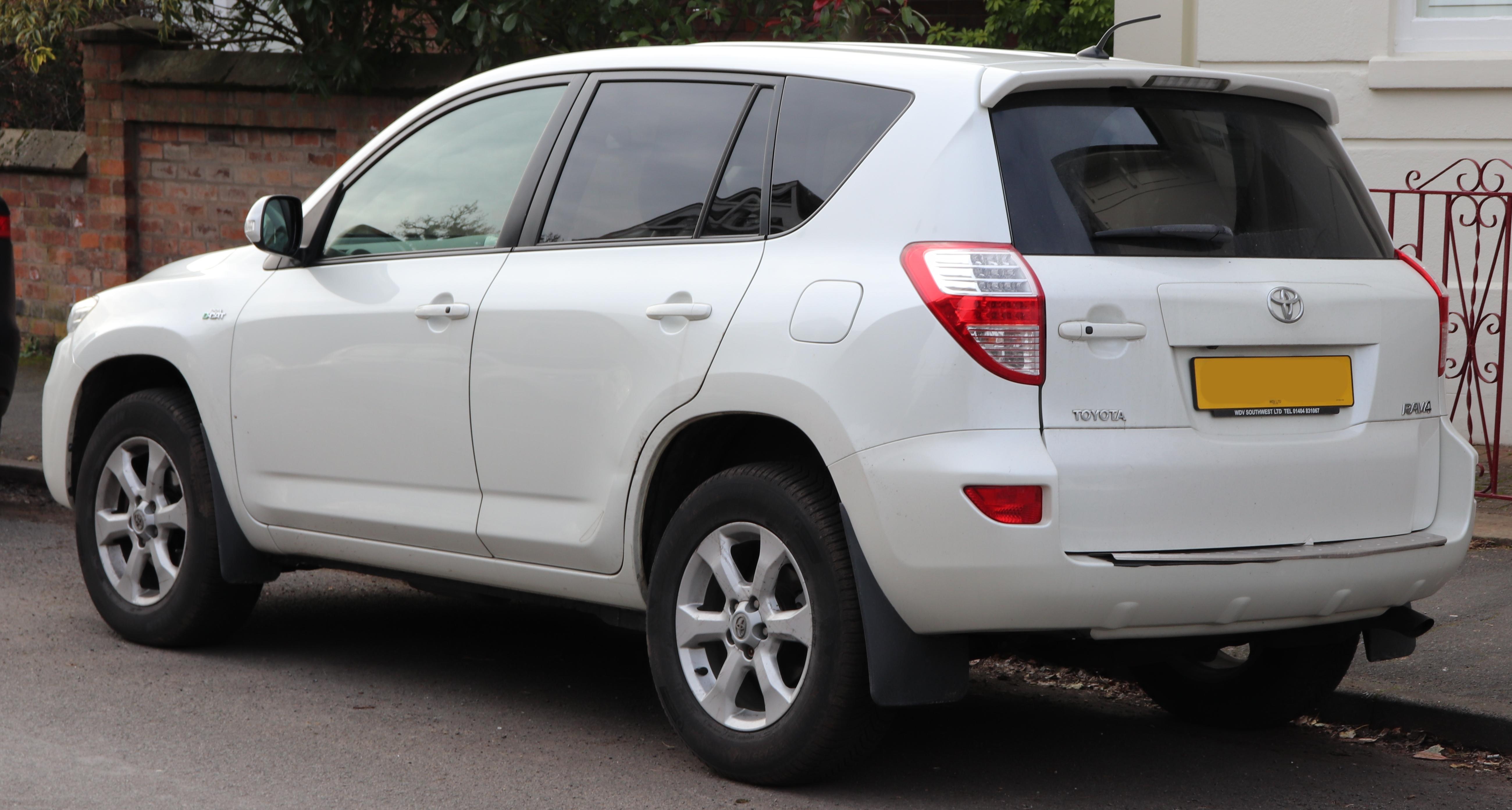 File:2010 Toyota RAV4 XT-R D-Cat Automatic facelift 2 2 Rear