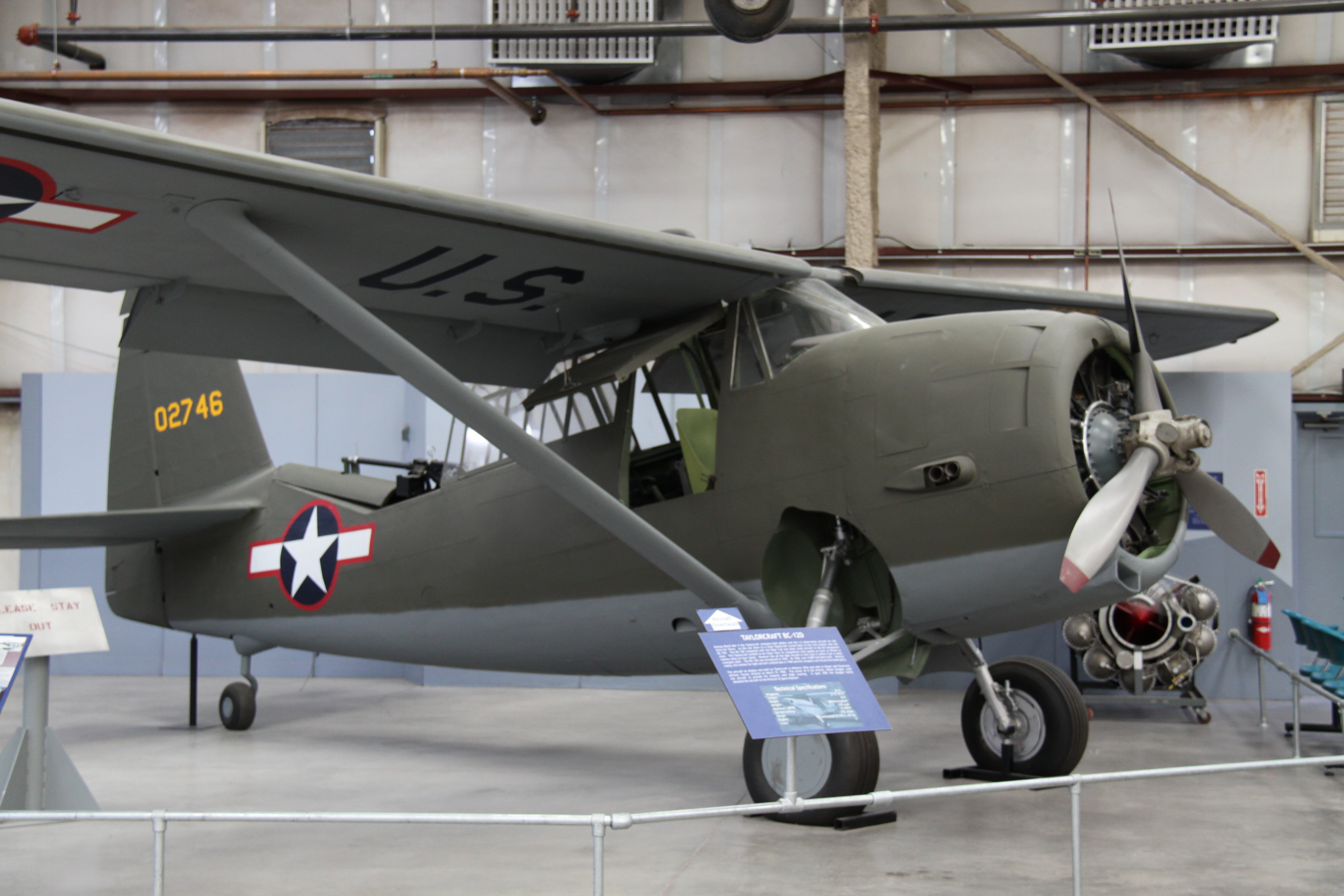File:40-2746 Curtiss O-52 Owl (8738170253).jpg