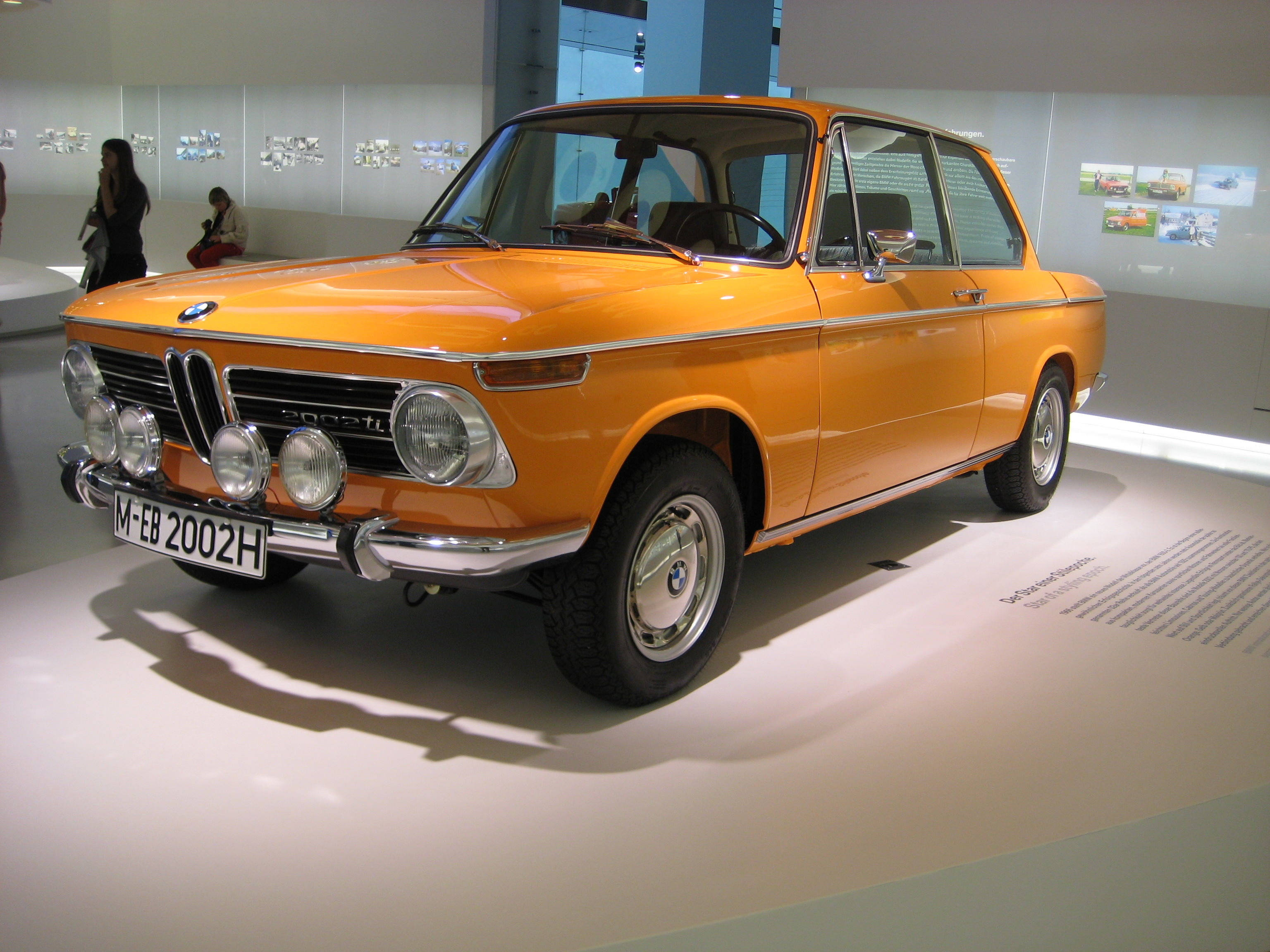 File:BMW 2002 ti.JPG - Wikimedia Commons
