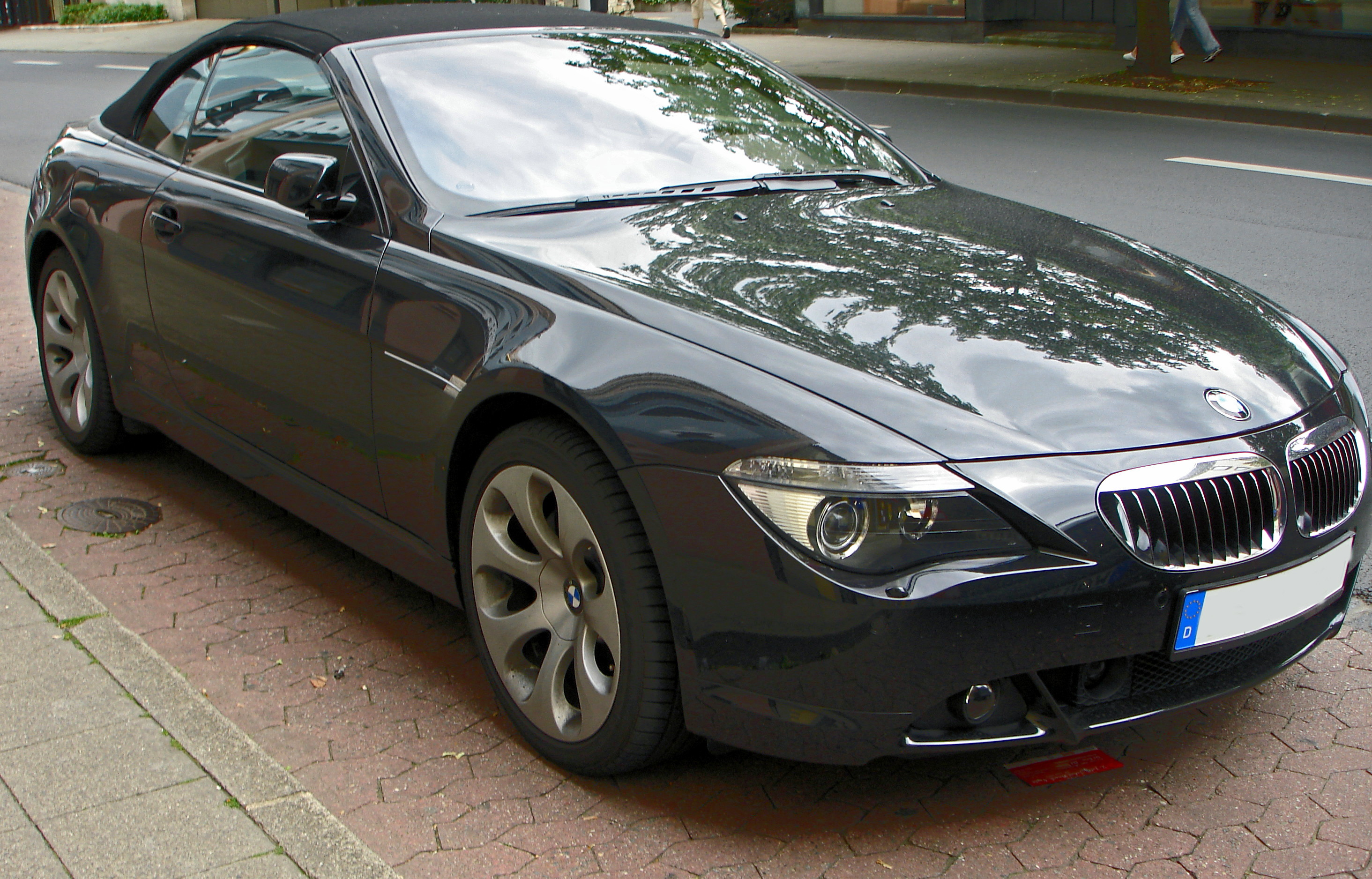 http://upload.wikimedia.org/wikipedia/commons/4/49/BMW_645_E64_front.jpg