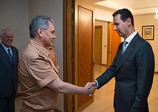 Bashar al-Assad and Sergey Shoigu 01