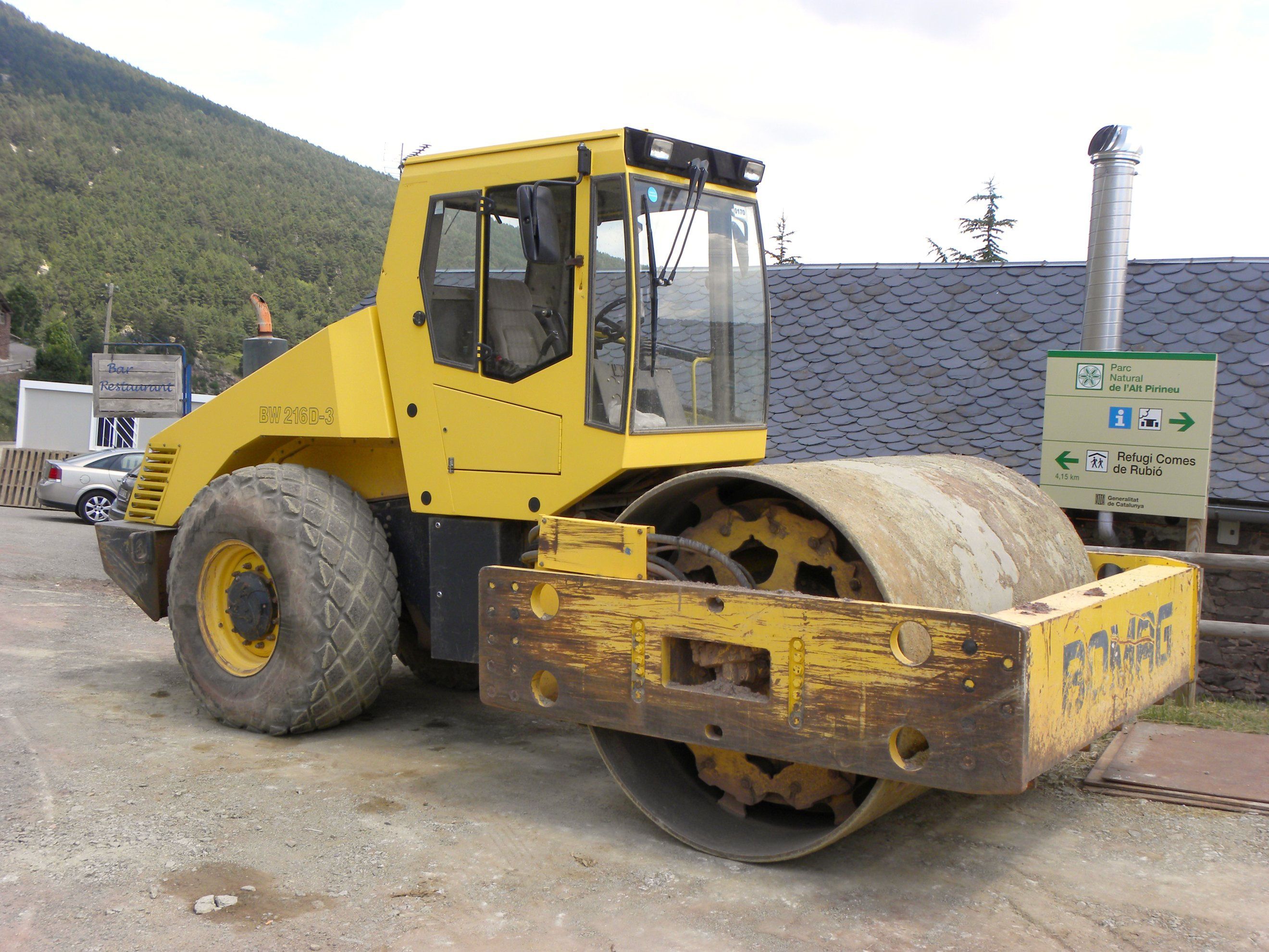 Bomag Bw 216 D 3 Bw 216 Dh 3 Bw 216 Pdh 3 Bw 129 Dh 3 Bw 219 Pdh 3 Bw 225 D 3 Bw 225 Pd 3 Single Drum Roller Workshop Service