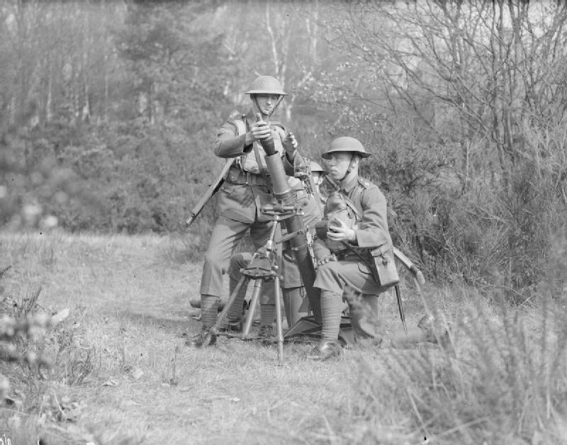 Stock Charts Uk: British 3 inch mortar crew on exercises.jpg - Wikimedia Commons,Chart