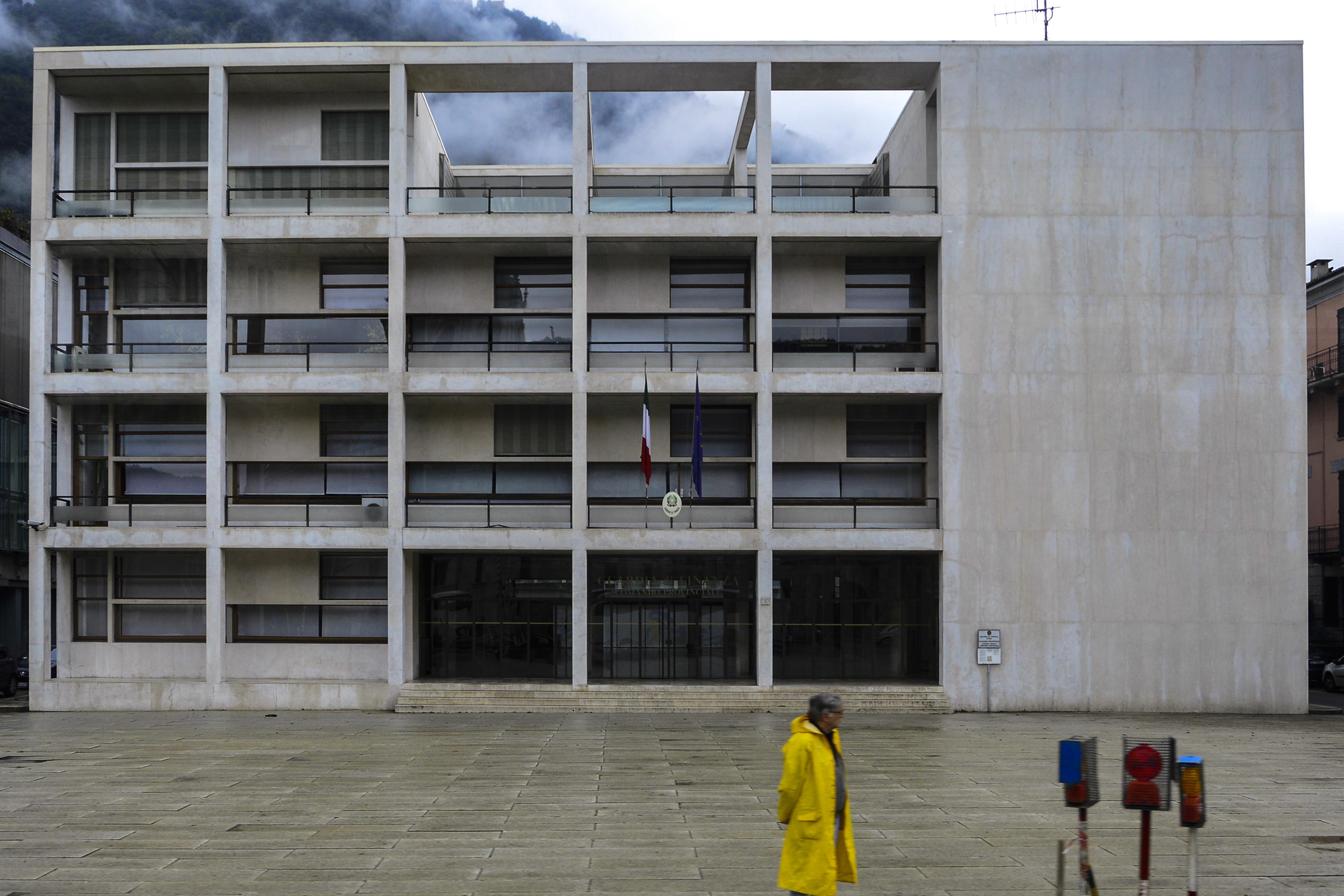 Casa del fascio the image kid has it for Architettura fascista in italia