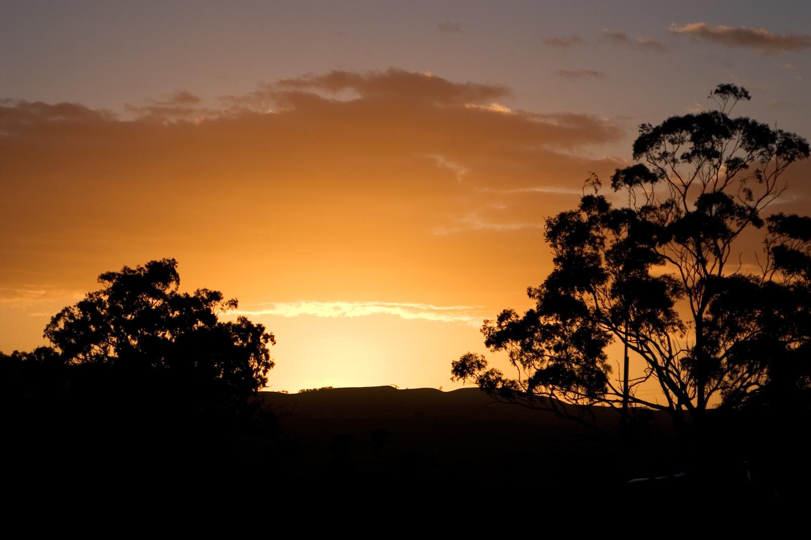 FileDawn - swifts creek03 jpg Dawn