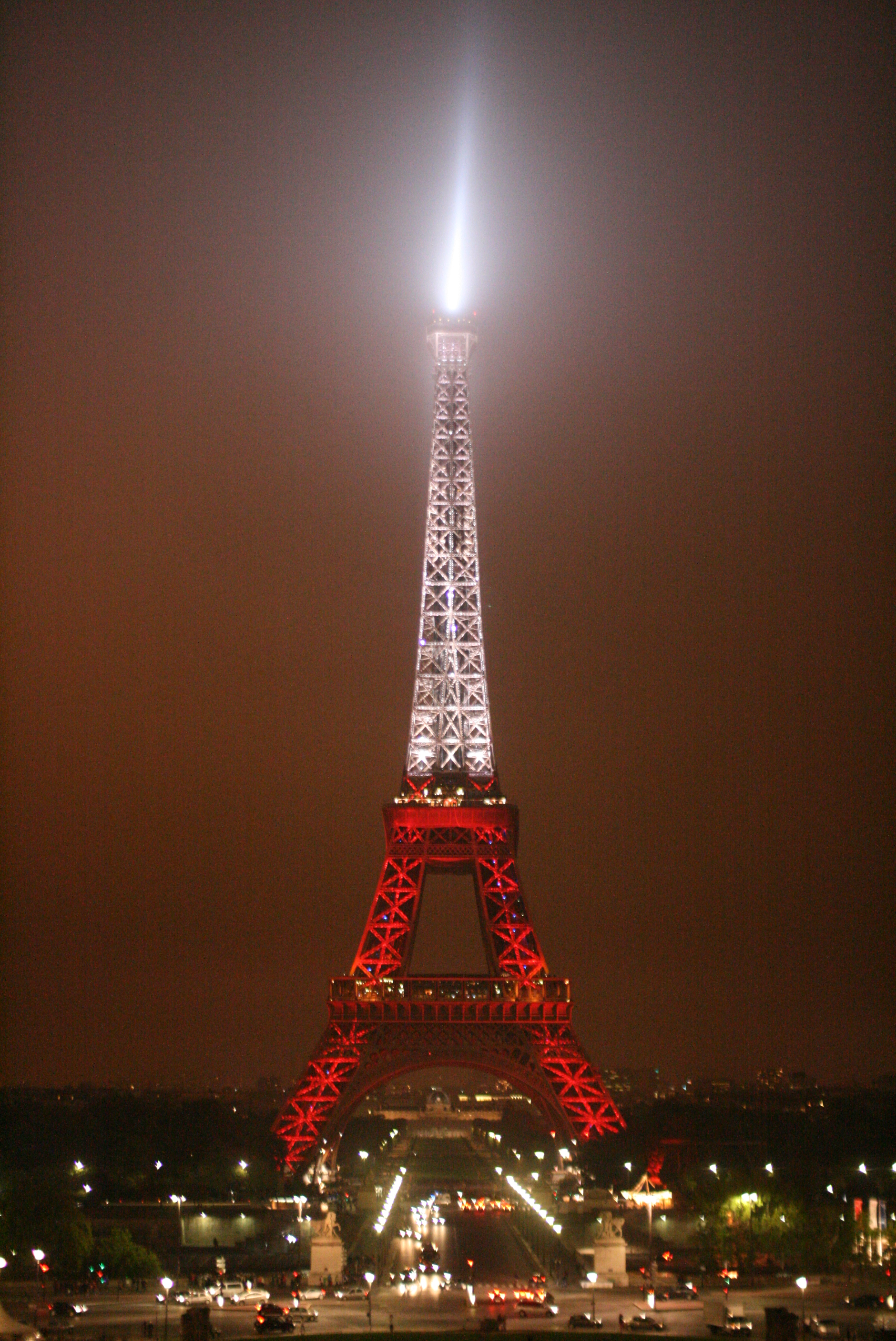 FileEiffel Tower Wearing Turkey Colorsjpg  Wikimedia Commons