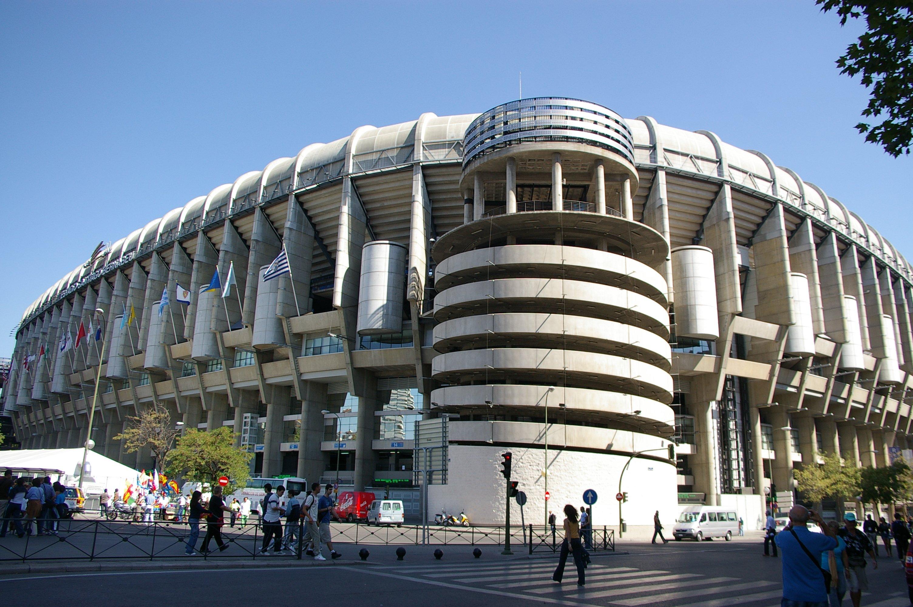 World soccer santiago bernabeu stadium for Puerta 53 santiago bernabeu