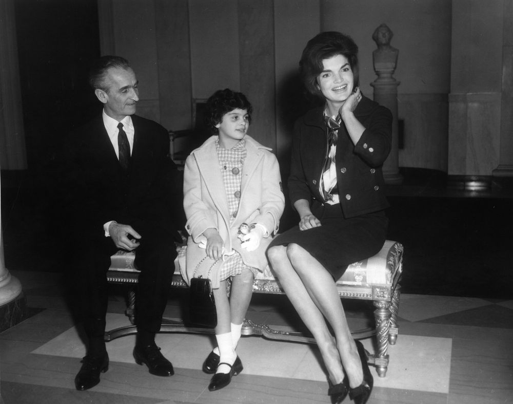 File First Lady Jacqueline Kennedy Meets With