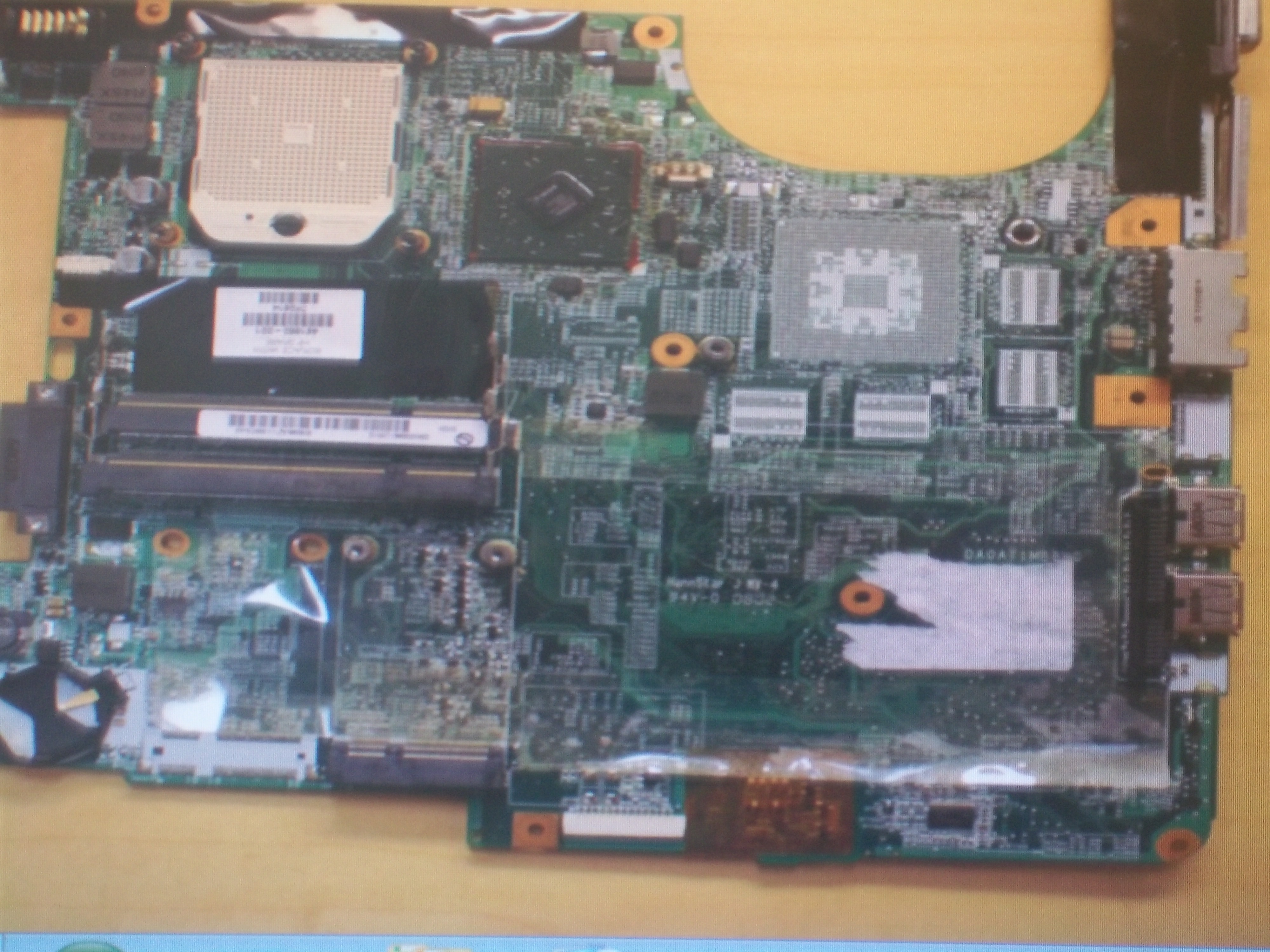 how to find your motherboard model in windows 10