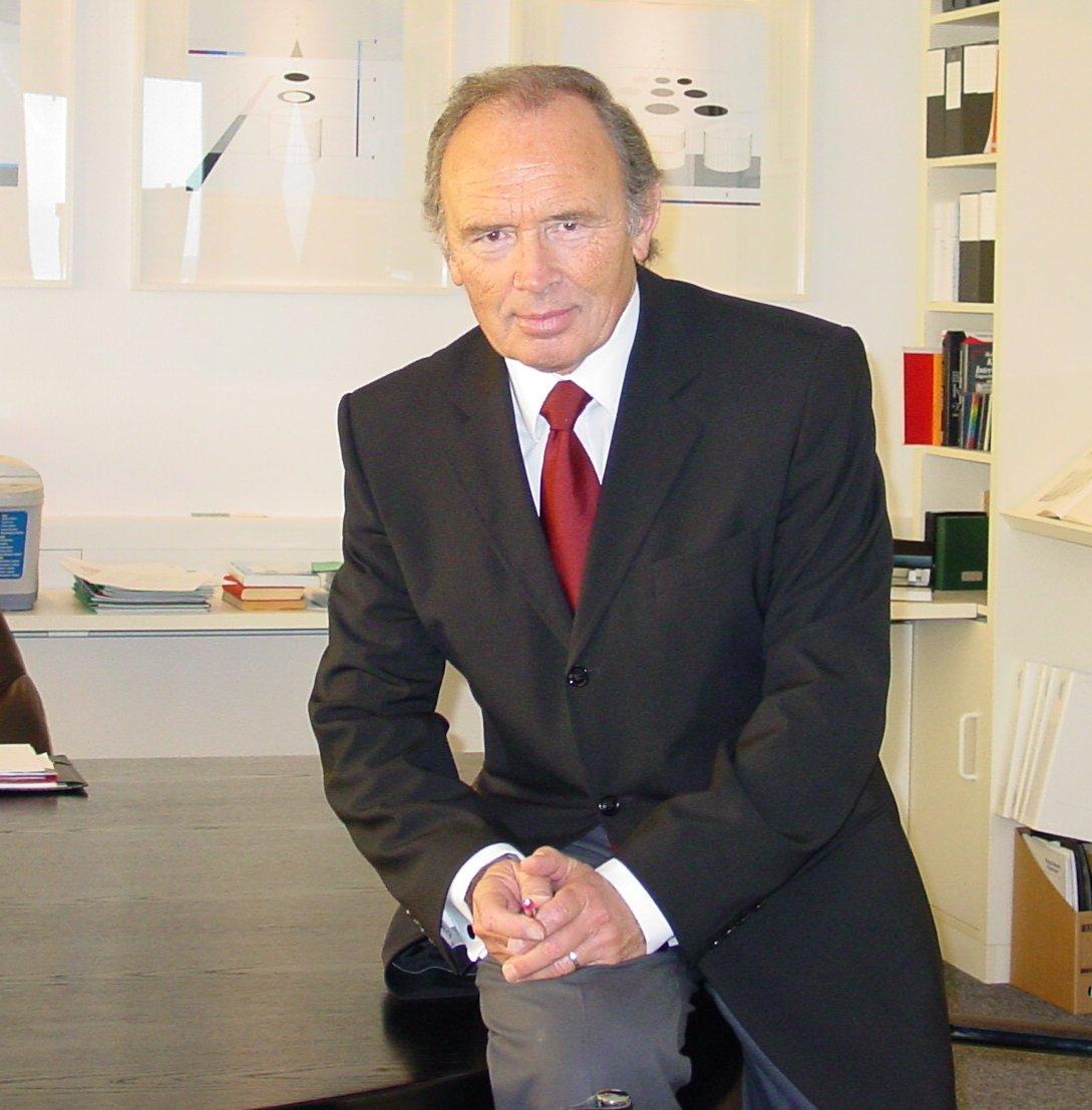 Helmut albert roschiwal wikipedia for Maschinenbauingenieur nc