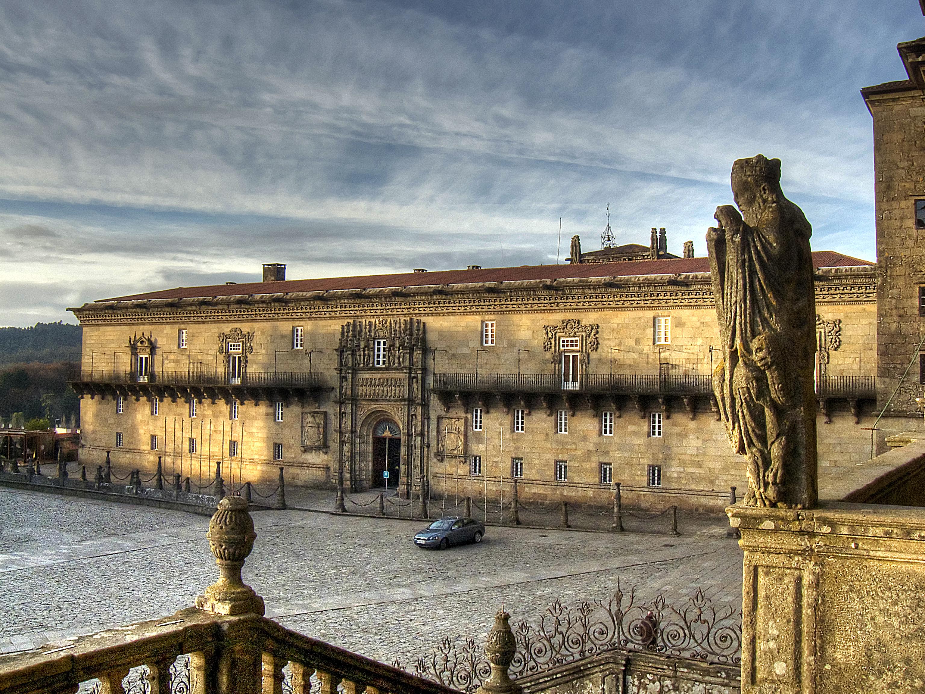 Ficheiro:Hostal dos Reis Católicos. Praza do obradoiro. Santiago de Compostel...