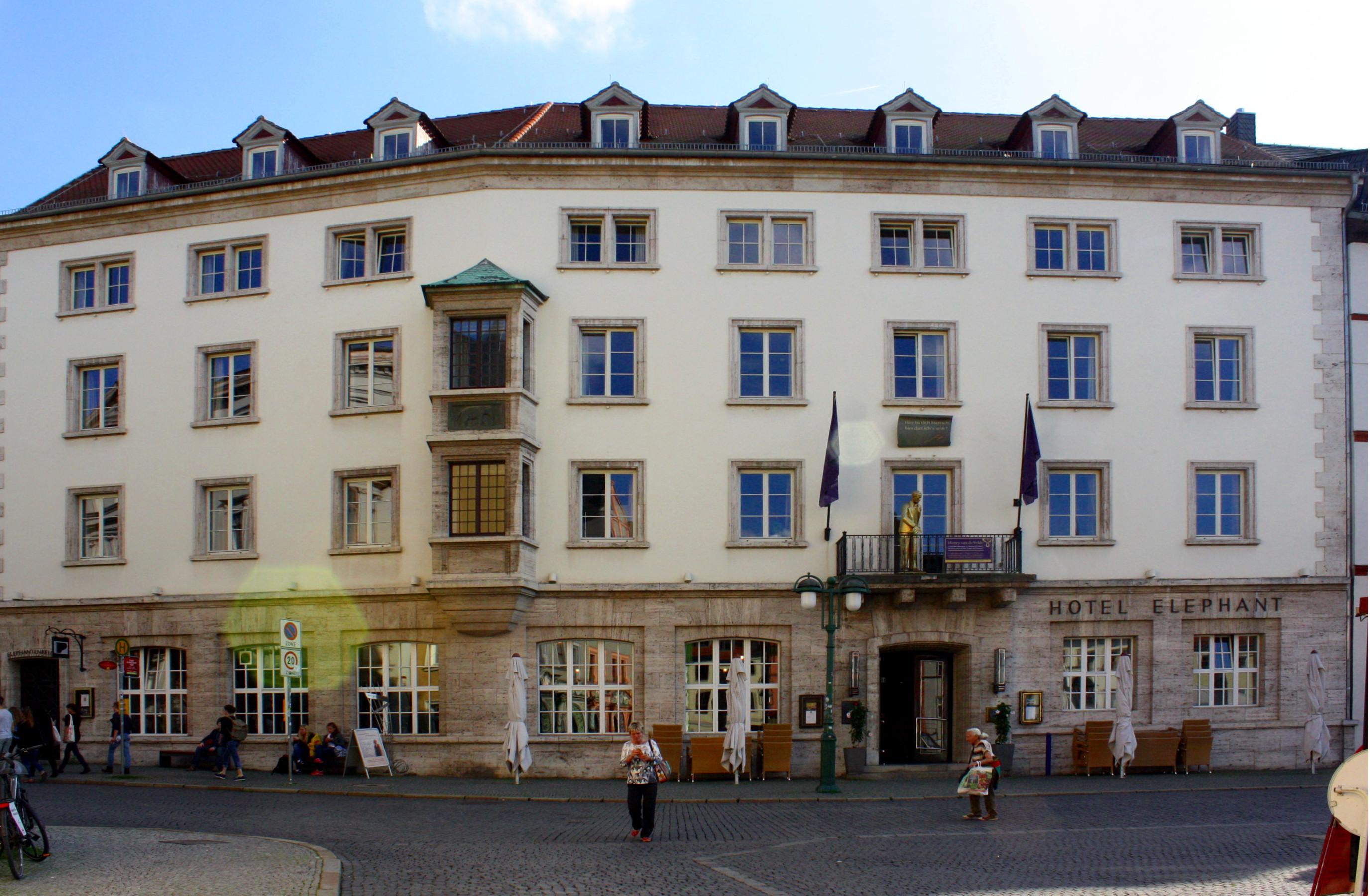 File:Hotel Elephant Markt 18 Weimar.jpg - Wikimedia Commons  File:Hotel Elep...