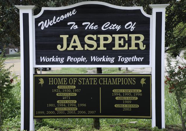The population density of Jasper in Alabama is 189.61 people per square kilometer (491.16 / sq mi)