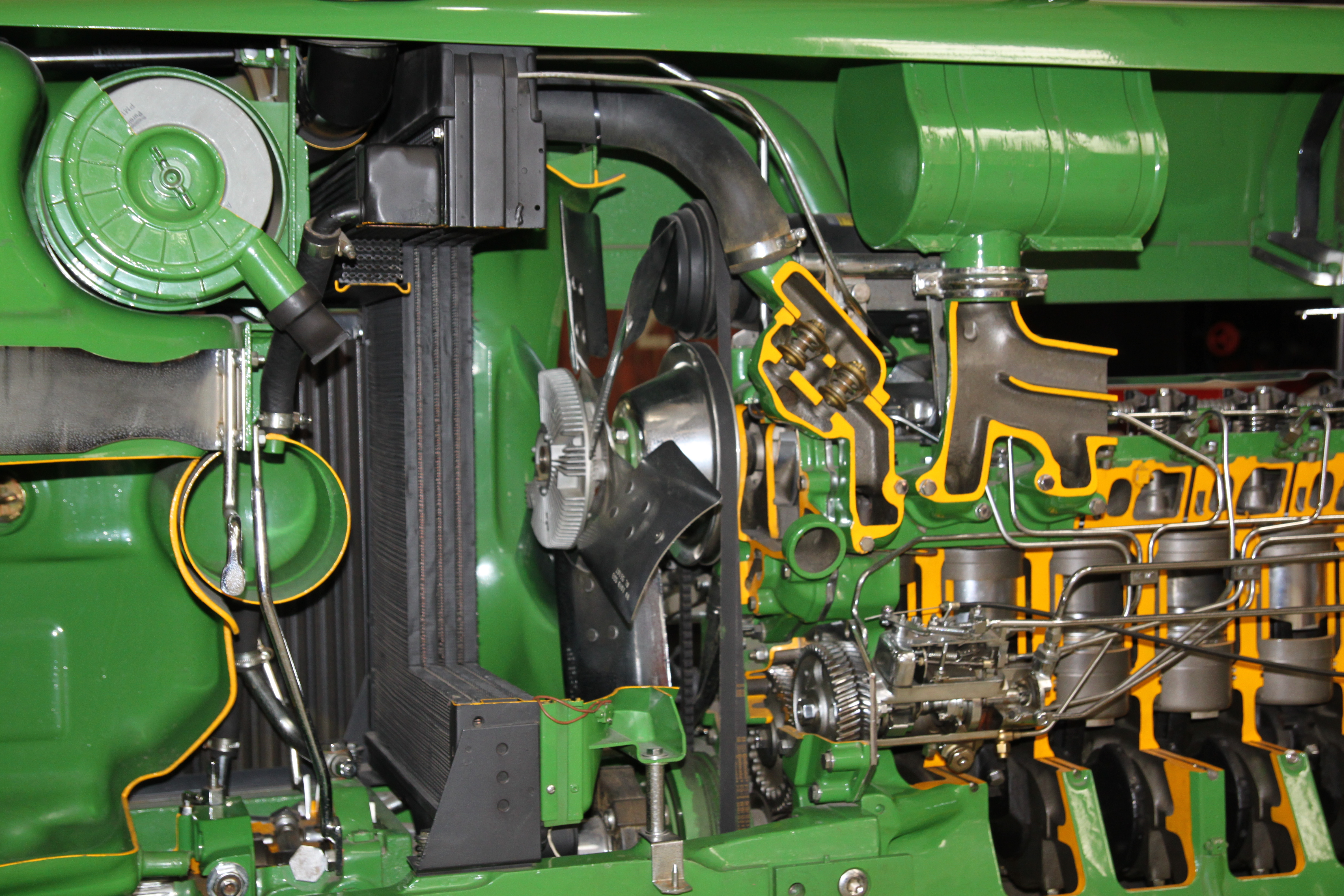 Tractor Transmission System : File john deere schnittmodell kühlung g wikimedia