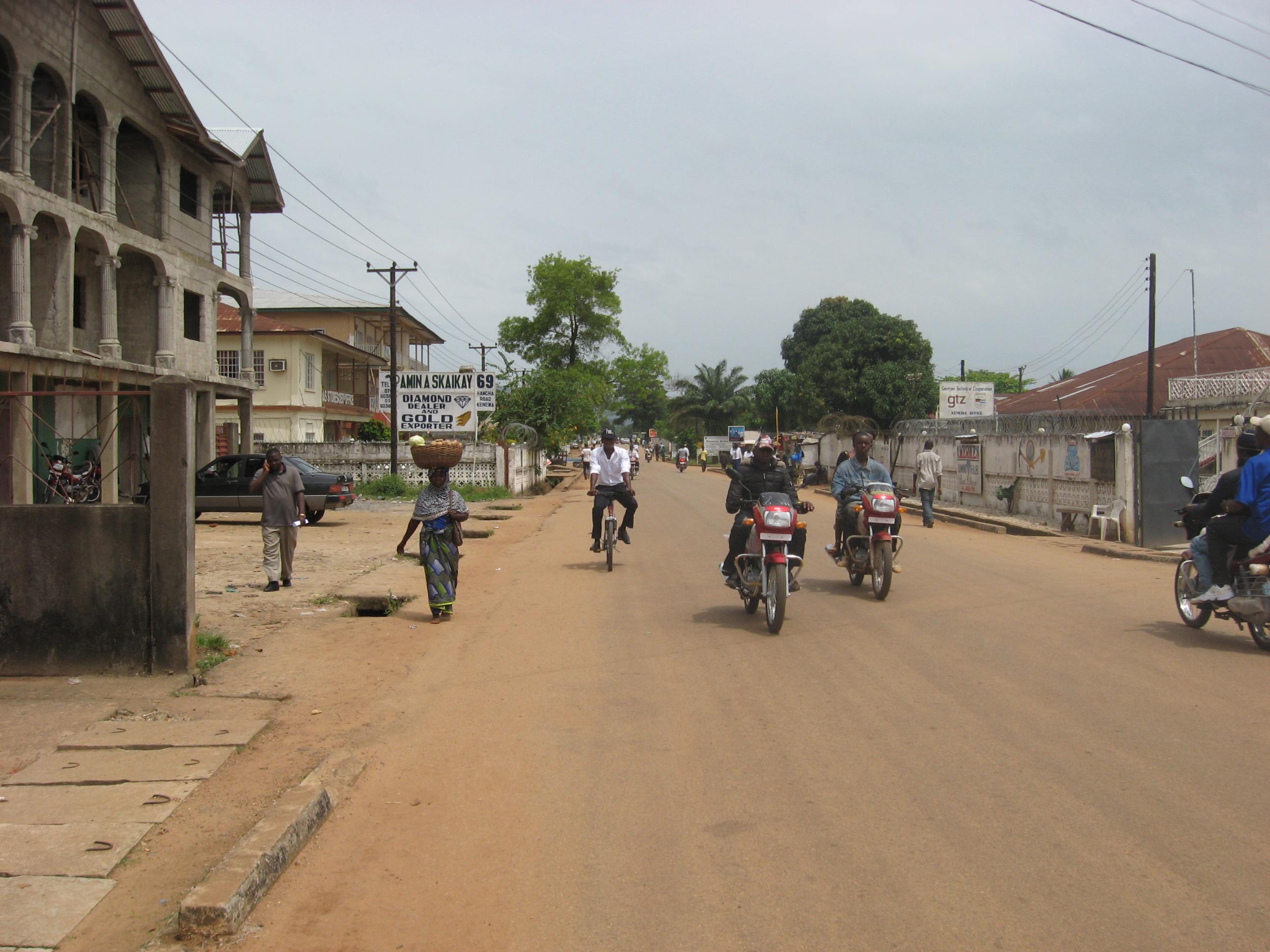 English: Street in Kenema, Sierra Leone.