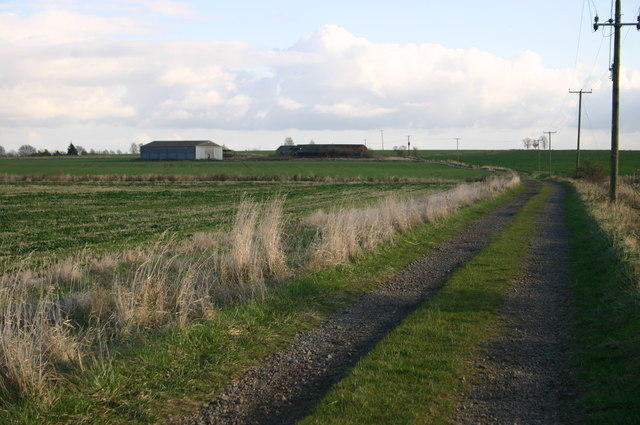 File:Lane up to Rowey Farm - geograph.org.uk - 612986.jpg