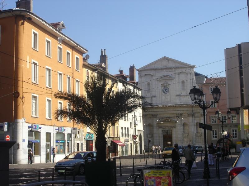 Файл:Lycée Stendhal.jpg