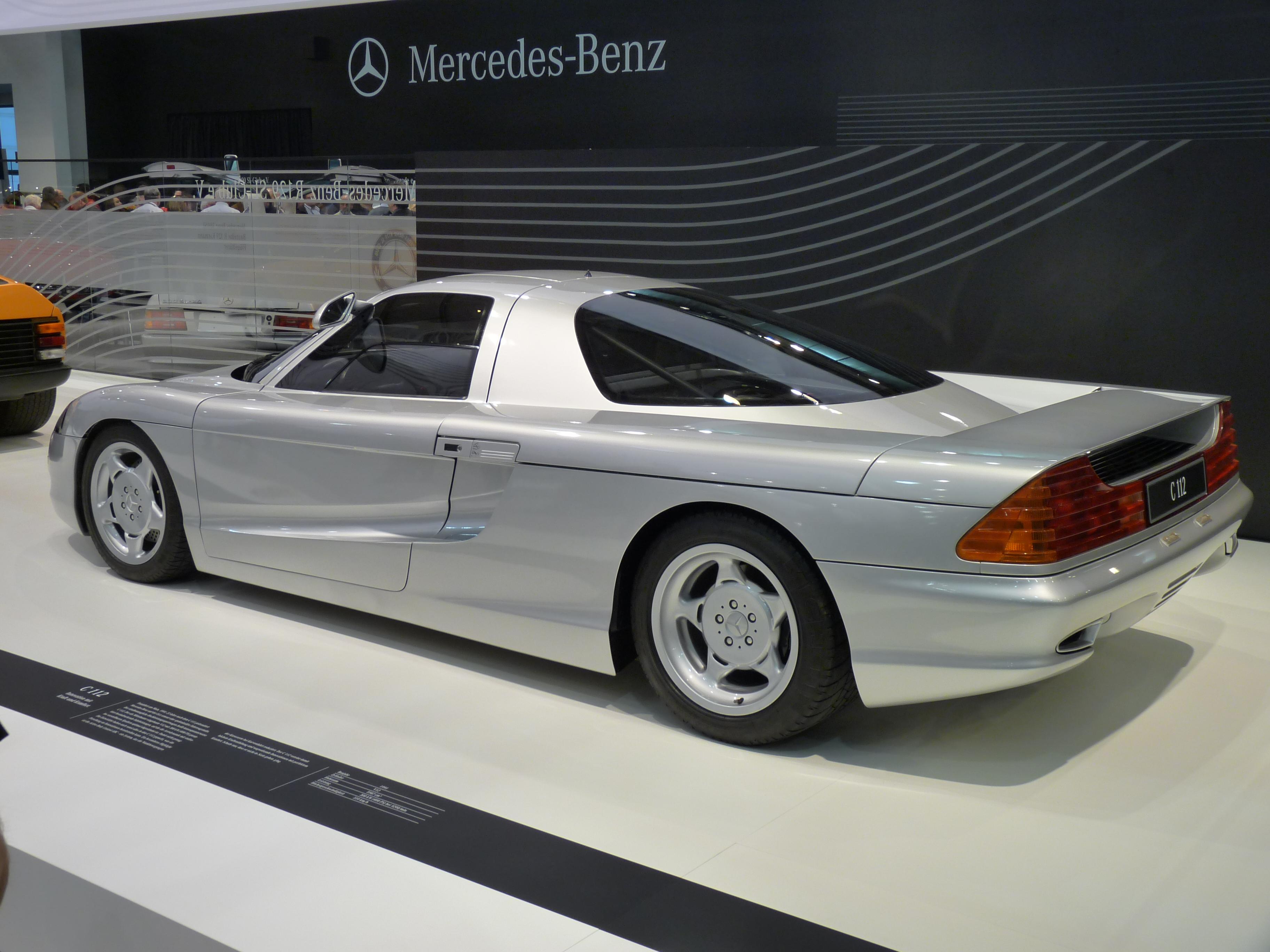 Protótipo C112 de 1991 Mercedes-Benz_C112_1991_backleft_2010-04-08_A