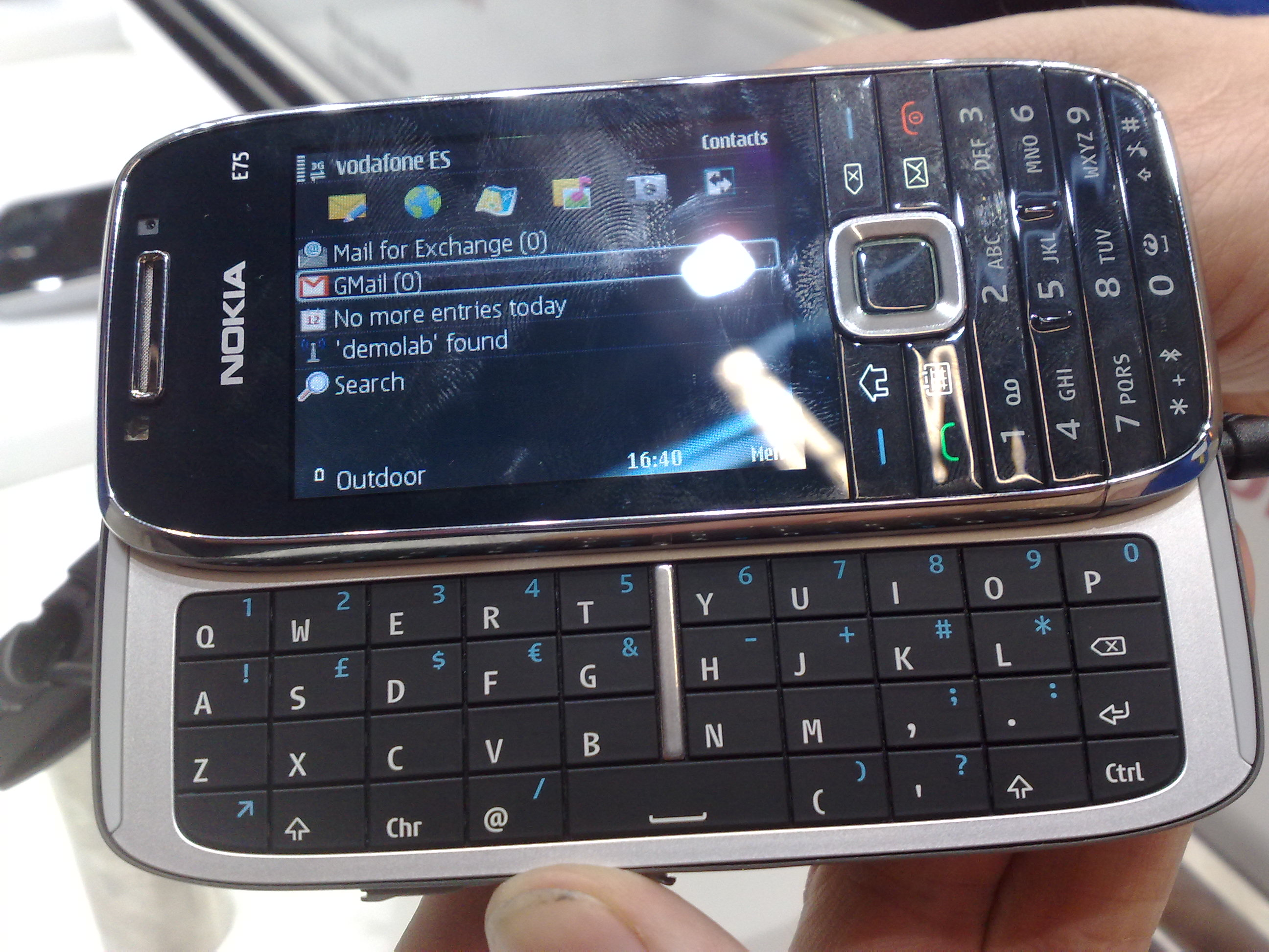Nokia E75 - Wikipedia, the free encyclopedia