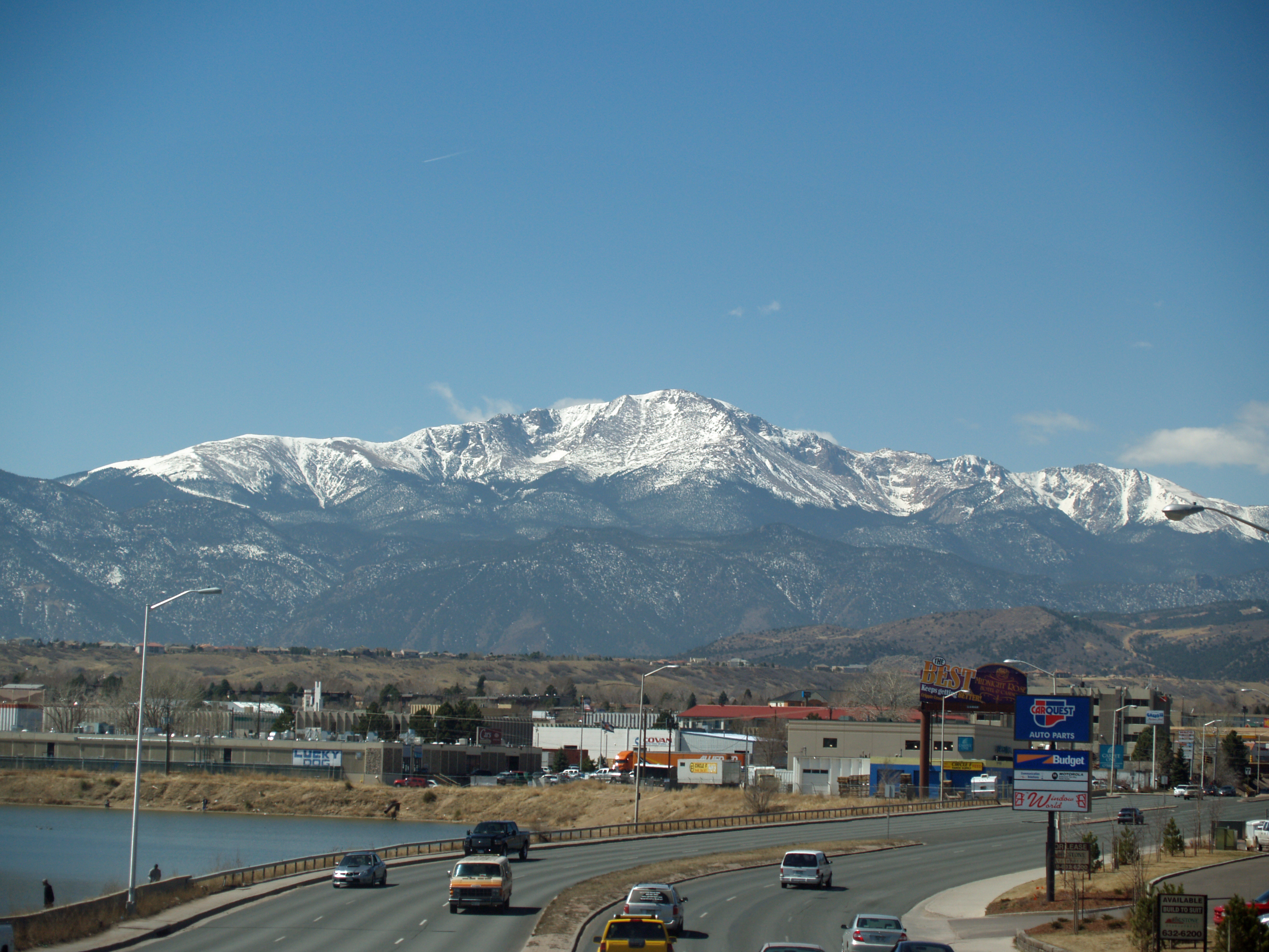 File:Pikes Peak from Colorado Springs by David Shankbone ...