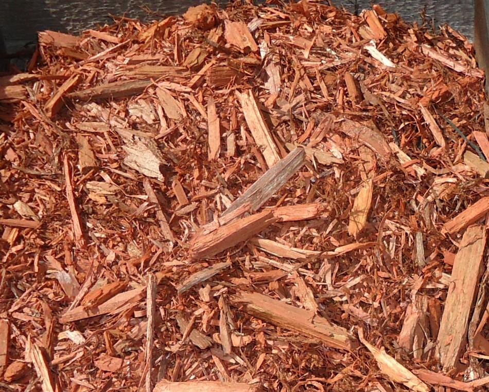 Wood Mulch Vs Rubber Mulch Express Landscape Products